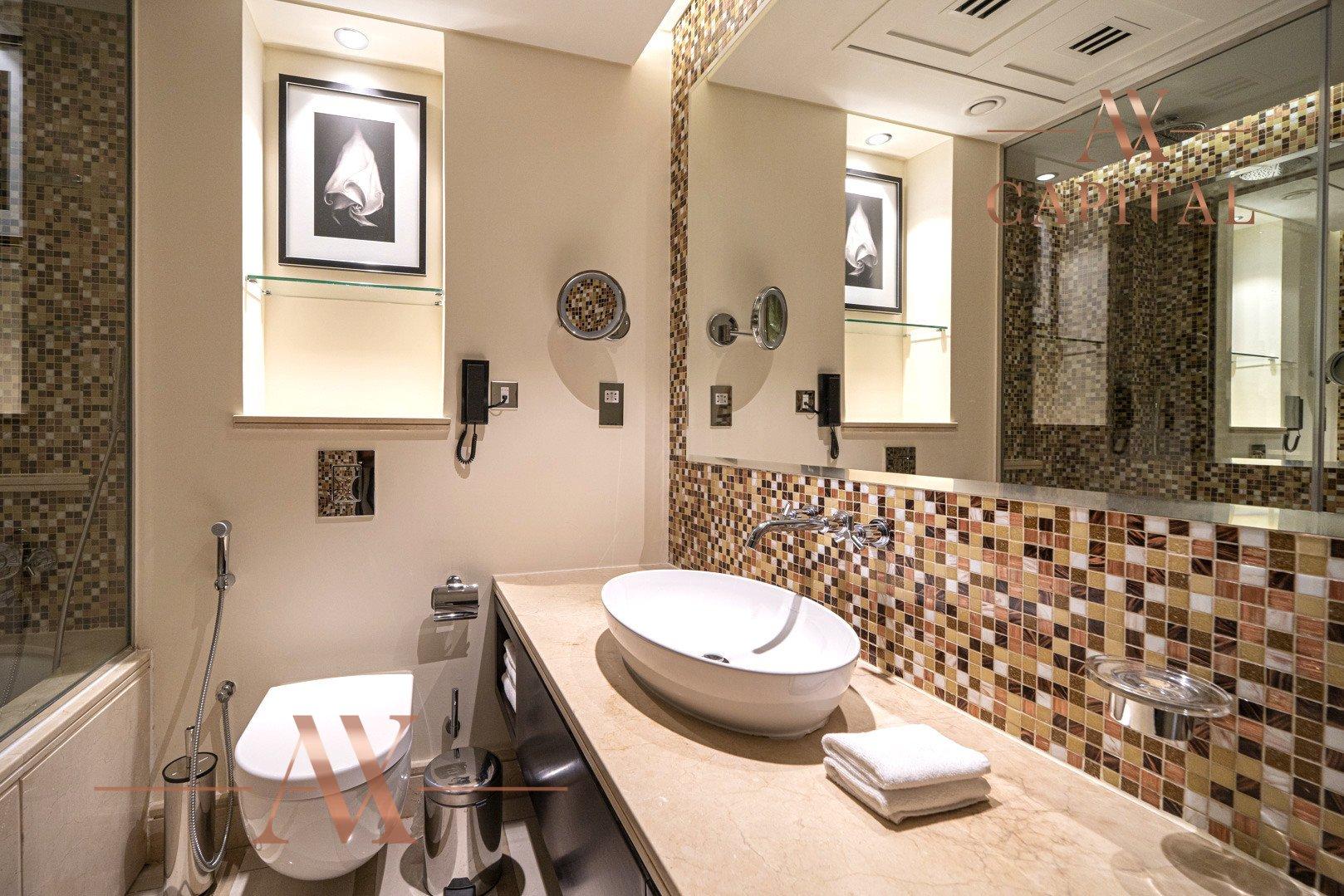 Apartment for sale in Dubai, UAE, 1 bedroom, 81.8 m2, No. 23787 – photo 8
