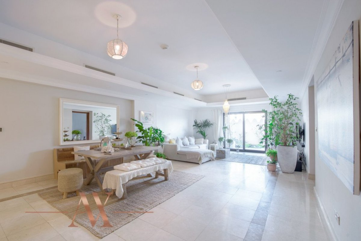Townhouse for sale in Dubai, UAE, 3 bedrooms, 483.1 m2, No. 23709 – photo 19