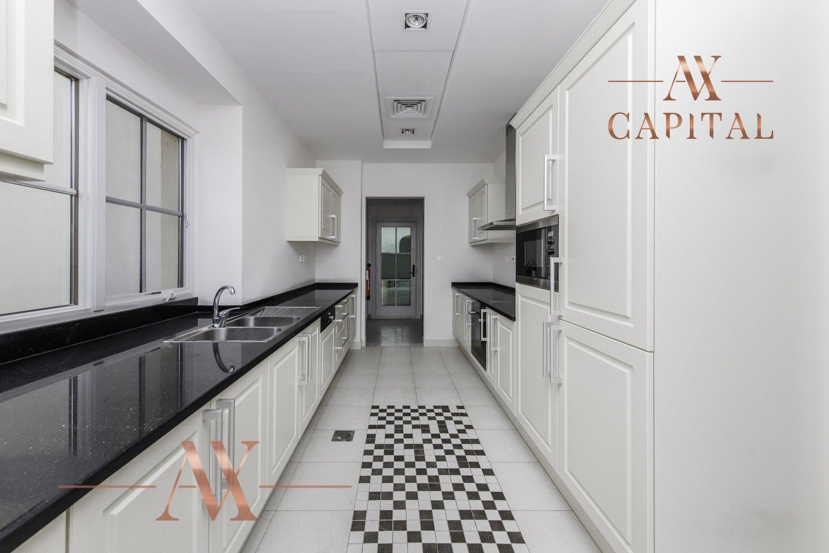 Villa for sale in Dubai, UAE, 4 bedrooms, 362 m2, No. 23679 – photo 10