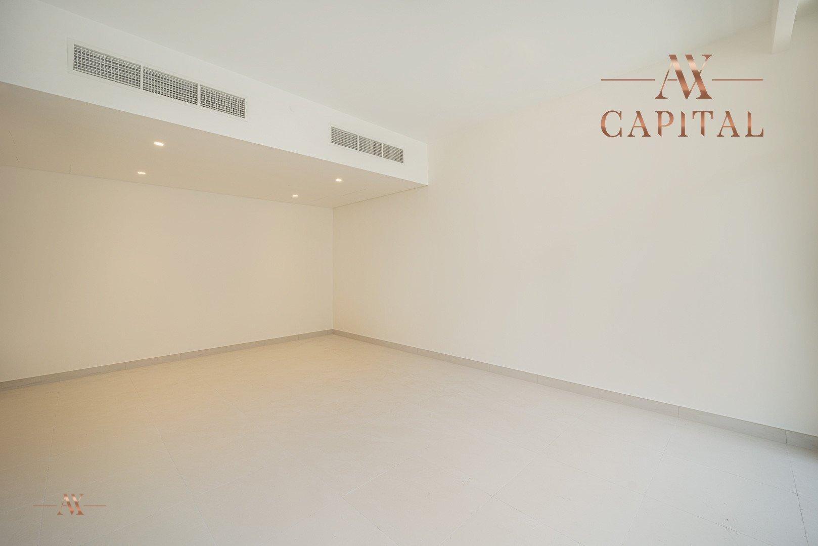 Apartment for sale in Dubai, UAE, 3 bedrooms, 126.1 m2, No. 23642 – photo 12