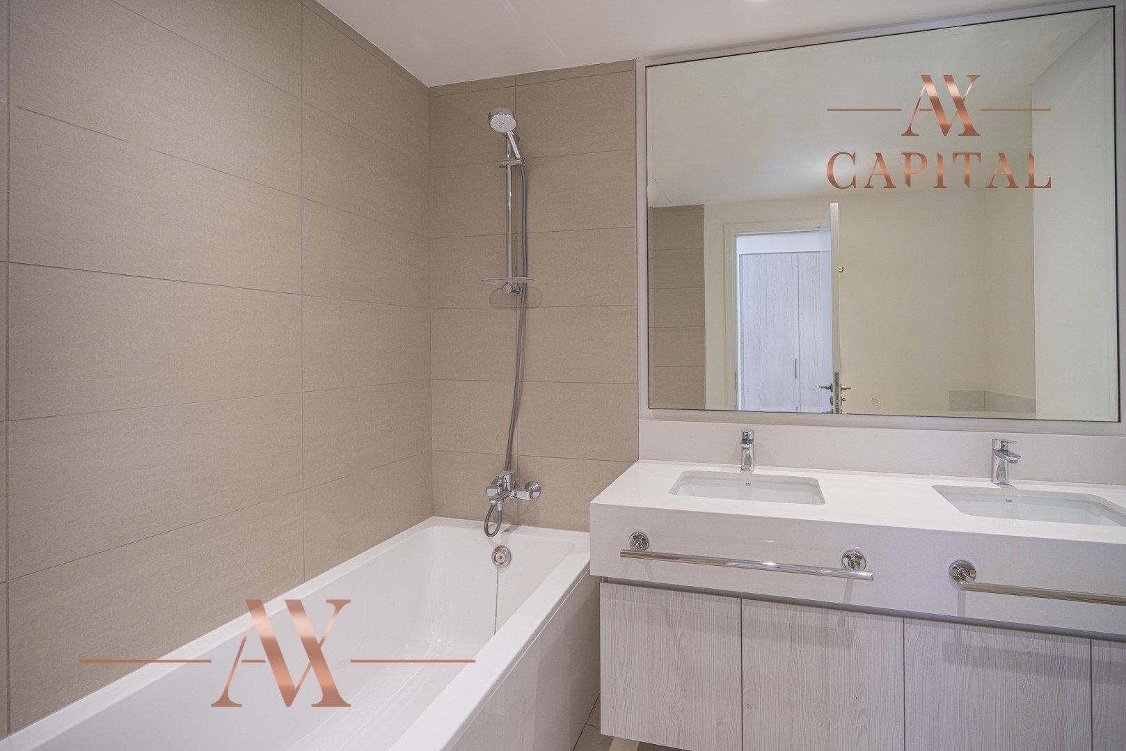 Apartment for sale in Dubai, UAE, 3 bedrooms, 125.8 m2, No. 23775 – photo 6