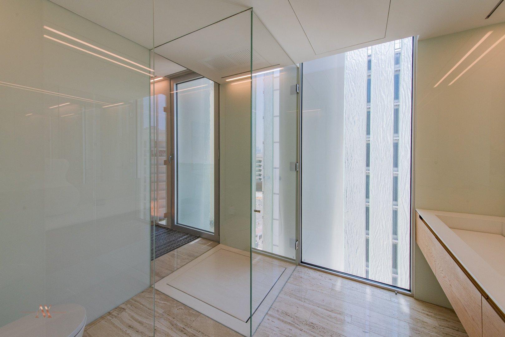Apartment for sale in Dubai, UAE, 3 bedrooms, 221.7 m2, No. 23601 – photo 6