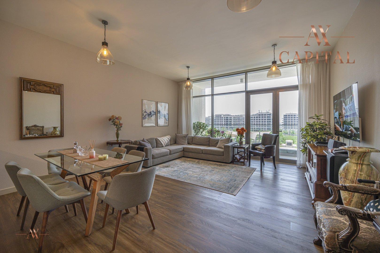 Apartment for sale in Dubai, UAE, 3 bedrooms, 163.5 m2, No. 23658 – photo 1