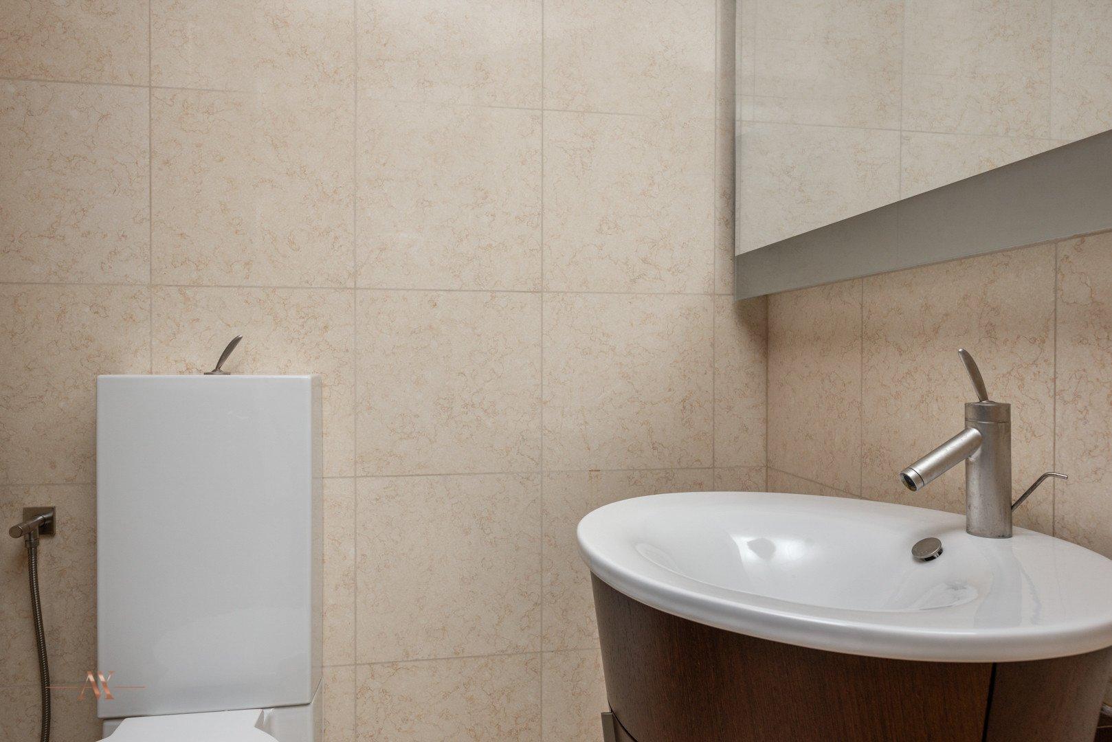 Apartment for sale in Dubai, UAE, 1 bedroom, 102.6 m2, No. 23631 – photo 2