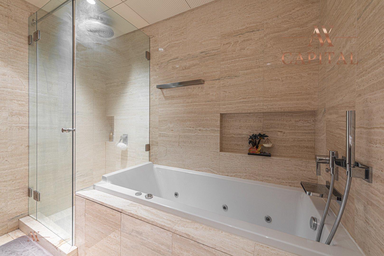 Apartment for sale in Dubai, UAE, 3 bedrooms, 250.8 m2, No. 23634 – photo 2