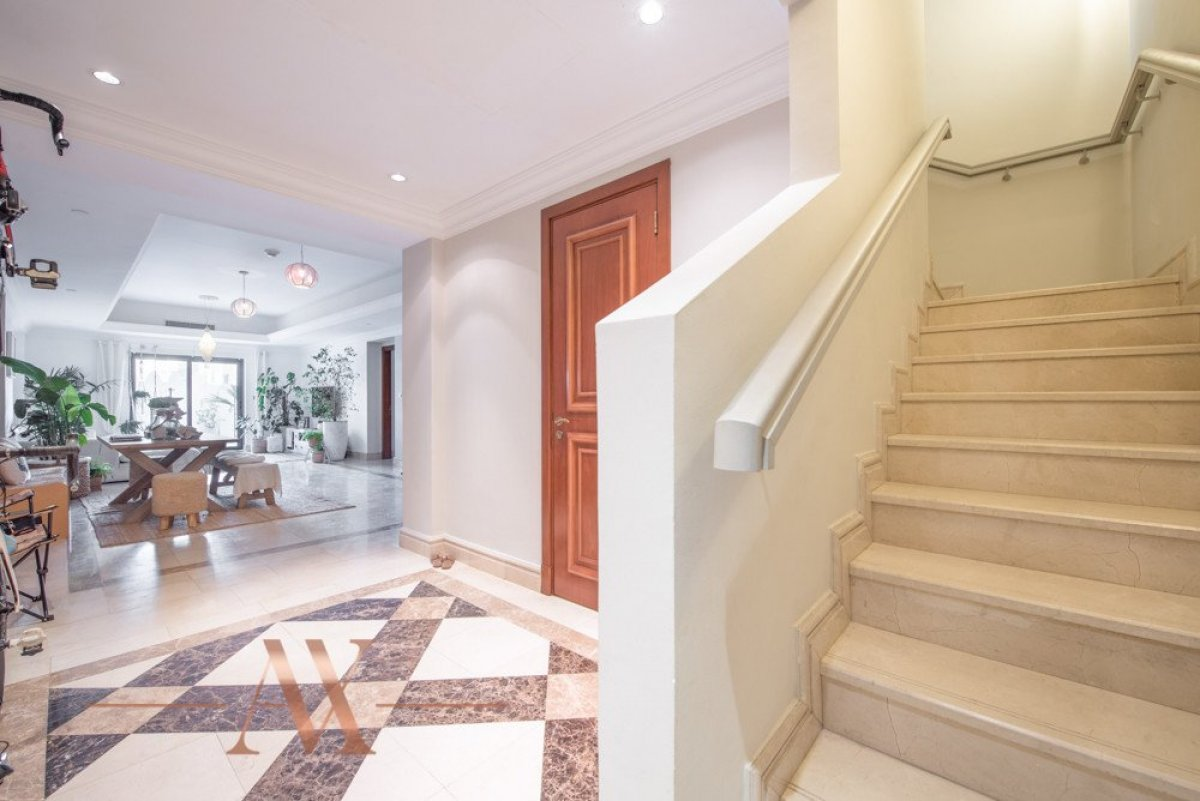 Townhouse for sale in Dubai, UAE, 3 bedrooms, 483.1 m2, No. 23709 – photo 4
