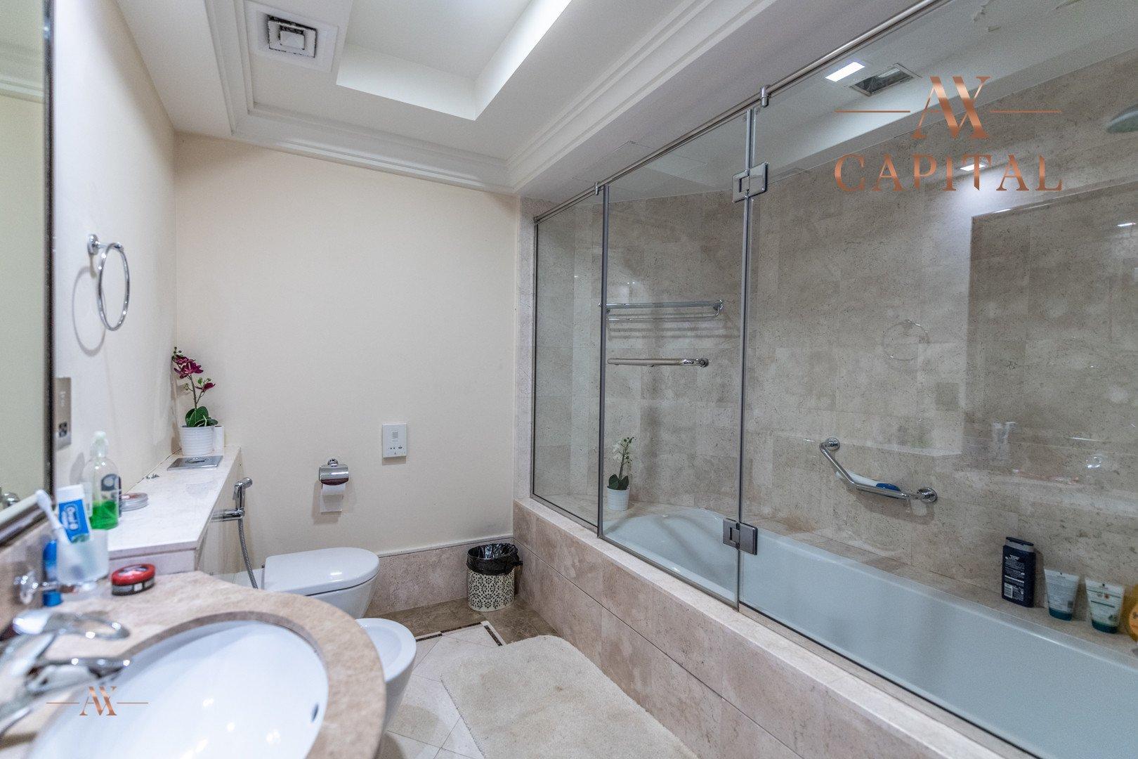 Apartment for sale in Dubai, UAE, 1 bedroom, 104.1 m2, No. 23575 – photo 4