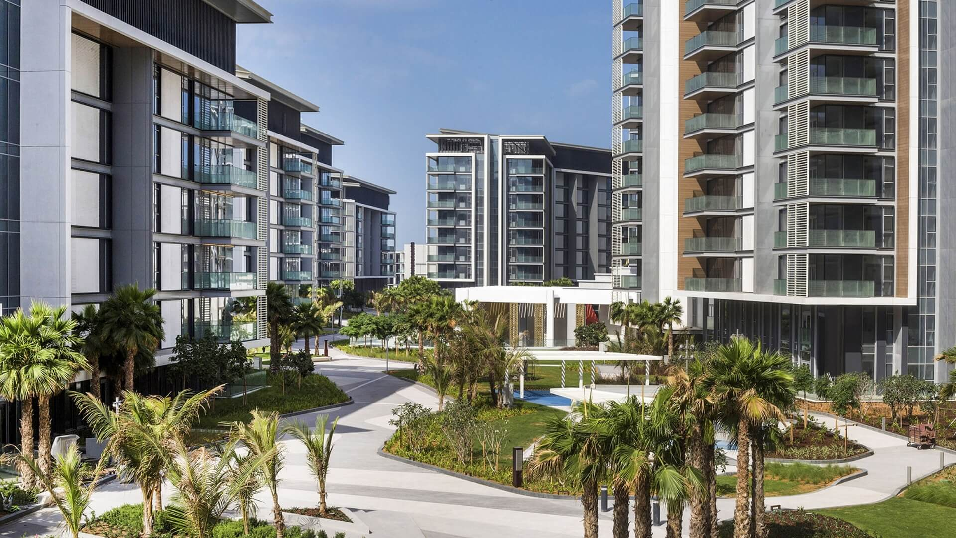 Apartment for sale in Dubai, UAE, 5 bedrooms, 874 m2, No. 24031 – photo 5