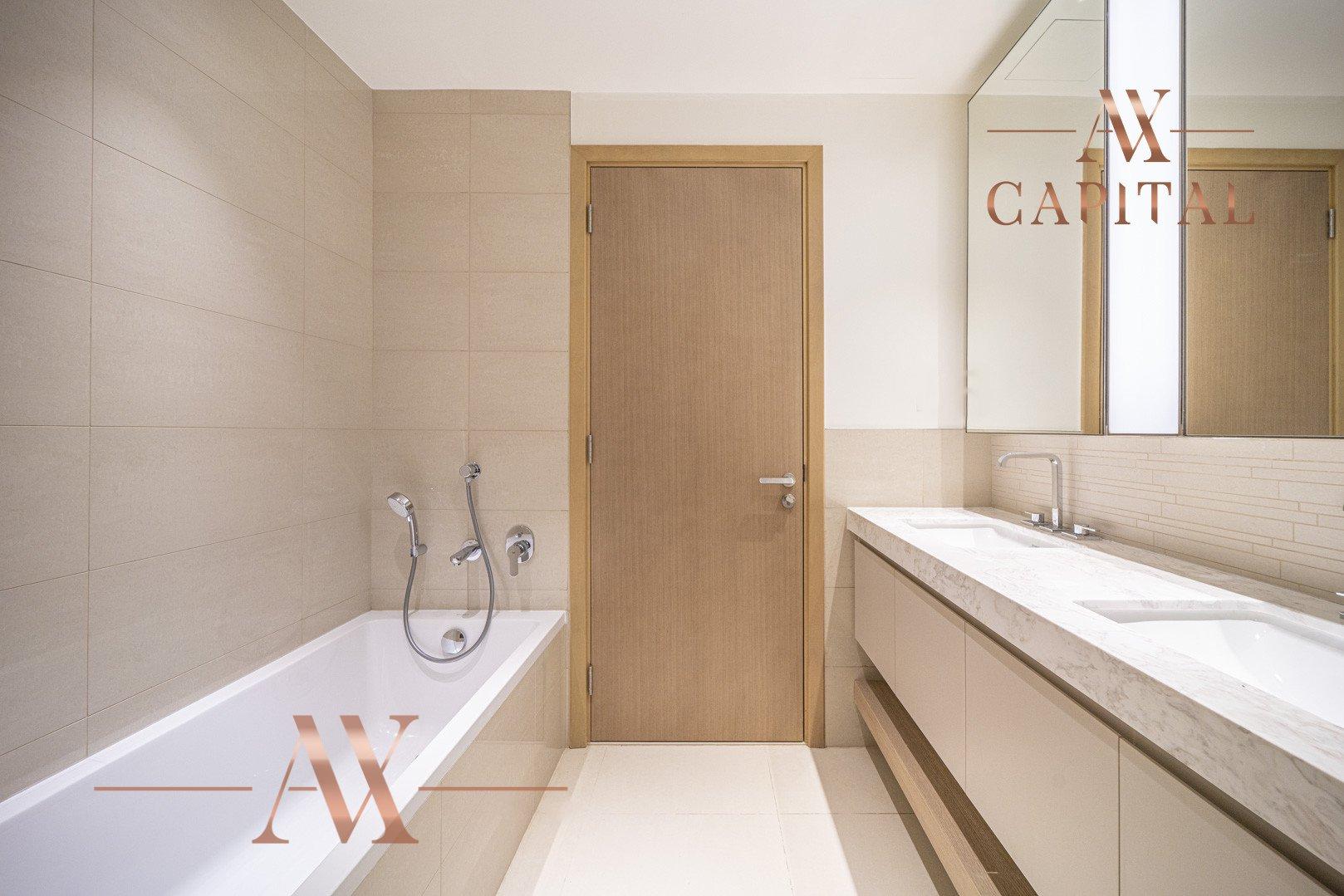 Apartment for sale in Dubai, UAE, 2 bedrooms, 122 m2, No. 23675 – photo 5