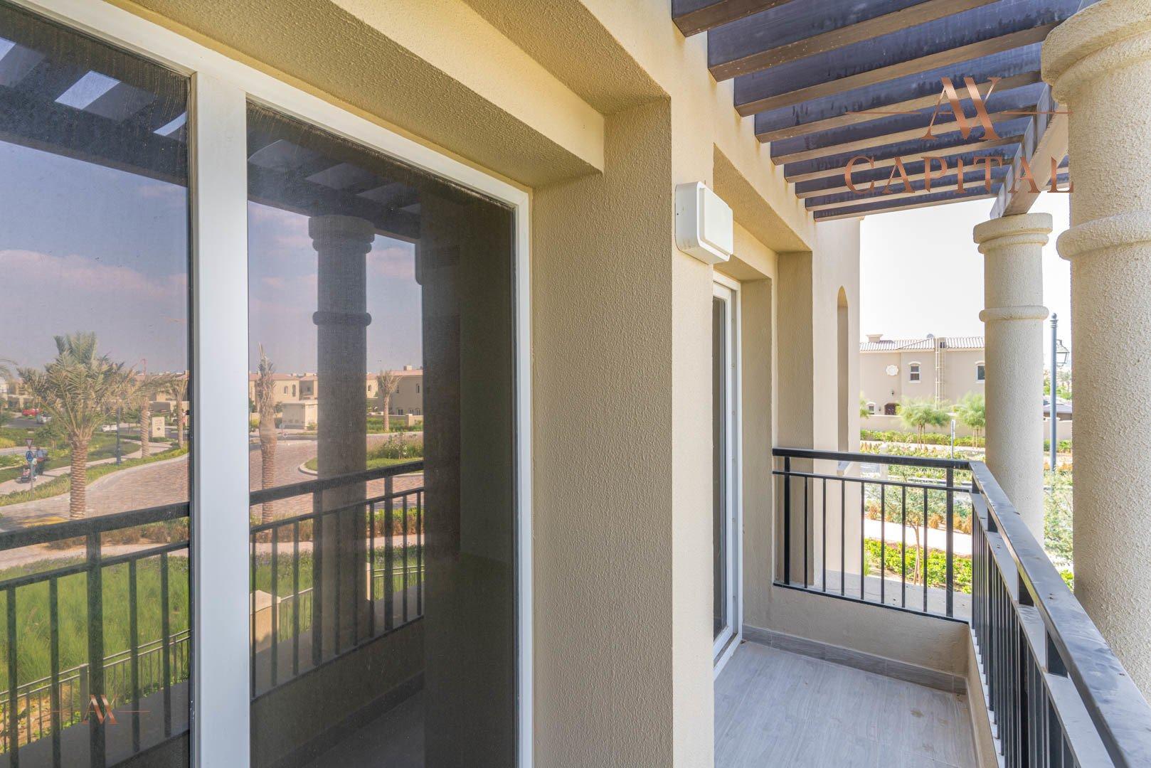 Villa for sale in Dubai, UAE, 3 bedrooms, 283.7 m2, No. 23632 – photo 4