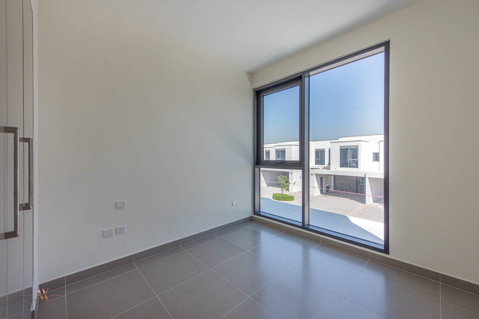 Villa for sale in Dubai, UAE, 3 bedrooms, 194.4 m2, No. 23635 – photo 10