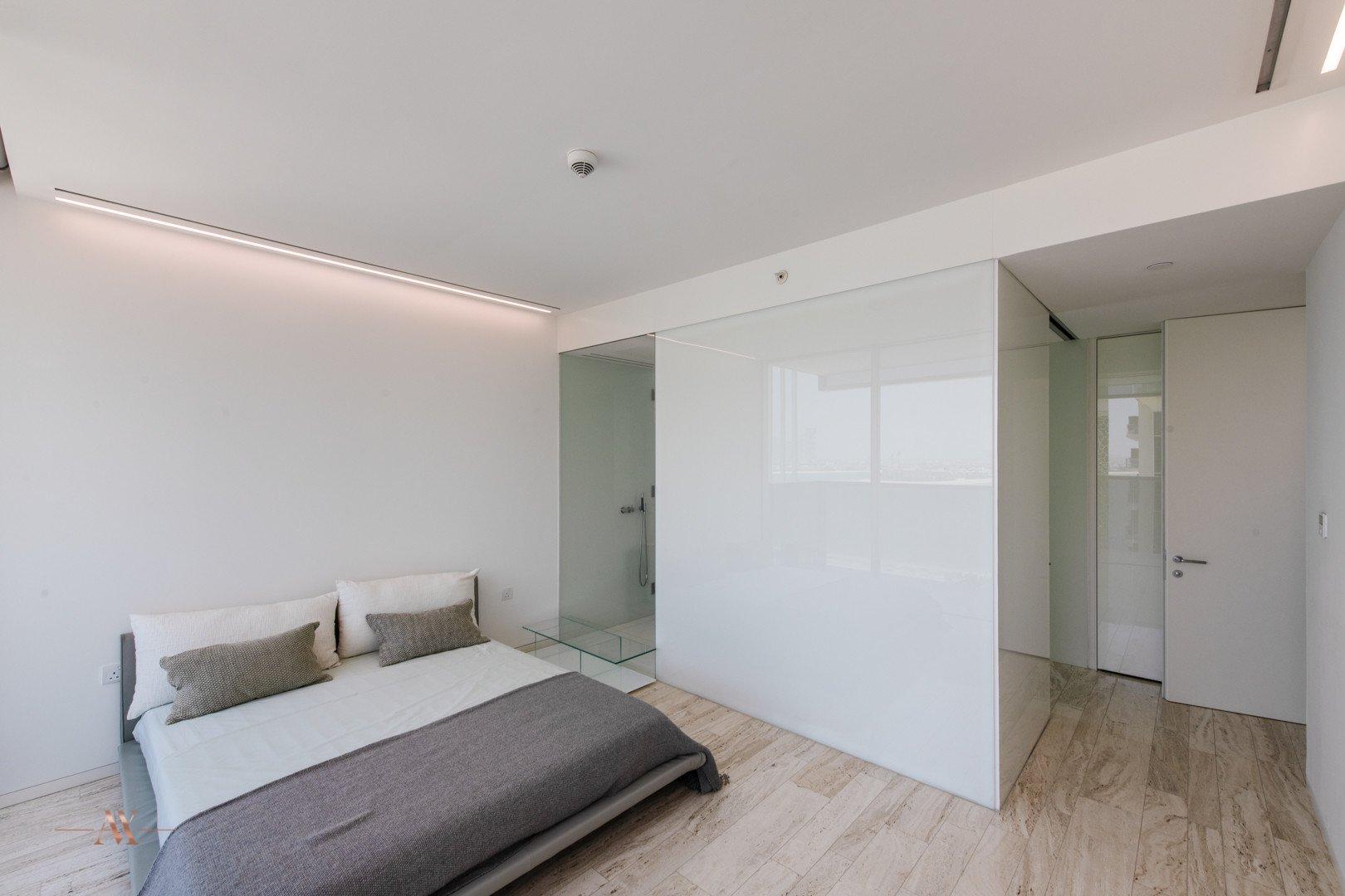 Apartment for sale in Dubai, UAE, 3 bedrooms, 221.7 m2, No. 23601 – photo 11