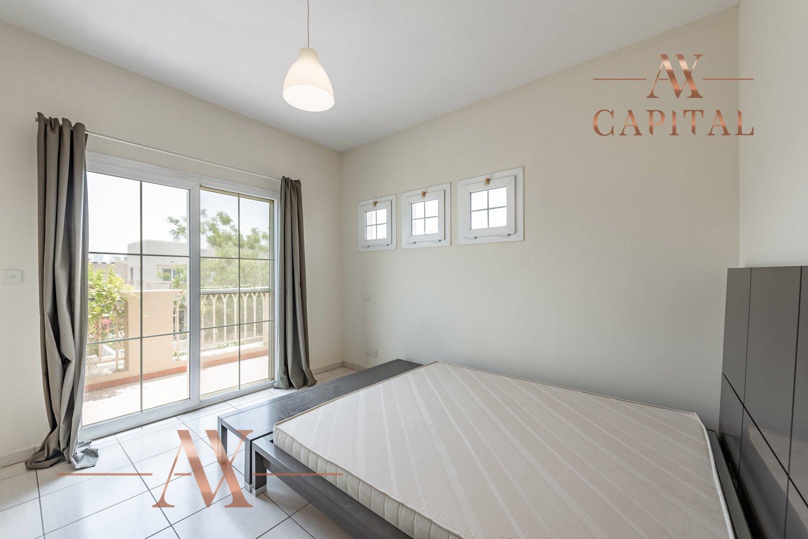 Villa for sale in Dubai, UAE, 3 bedrooms, 254 m2, No. 23745 – photo 13