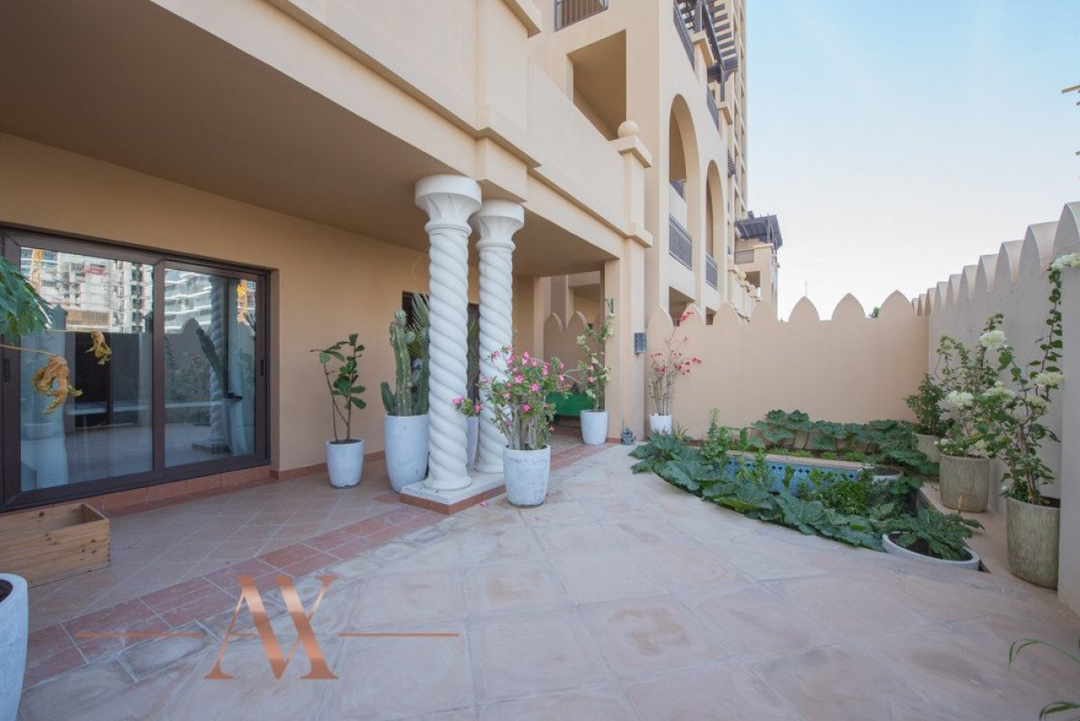 Townhouse for sale in Dubai, UAE, 3 bedrooms, 483.1 m2, No. 23709 – photo 2