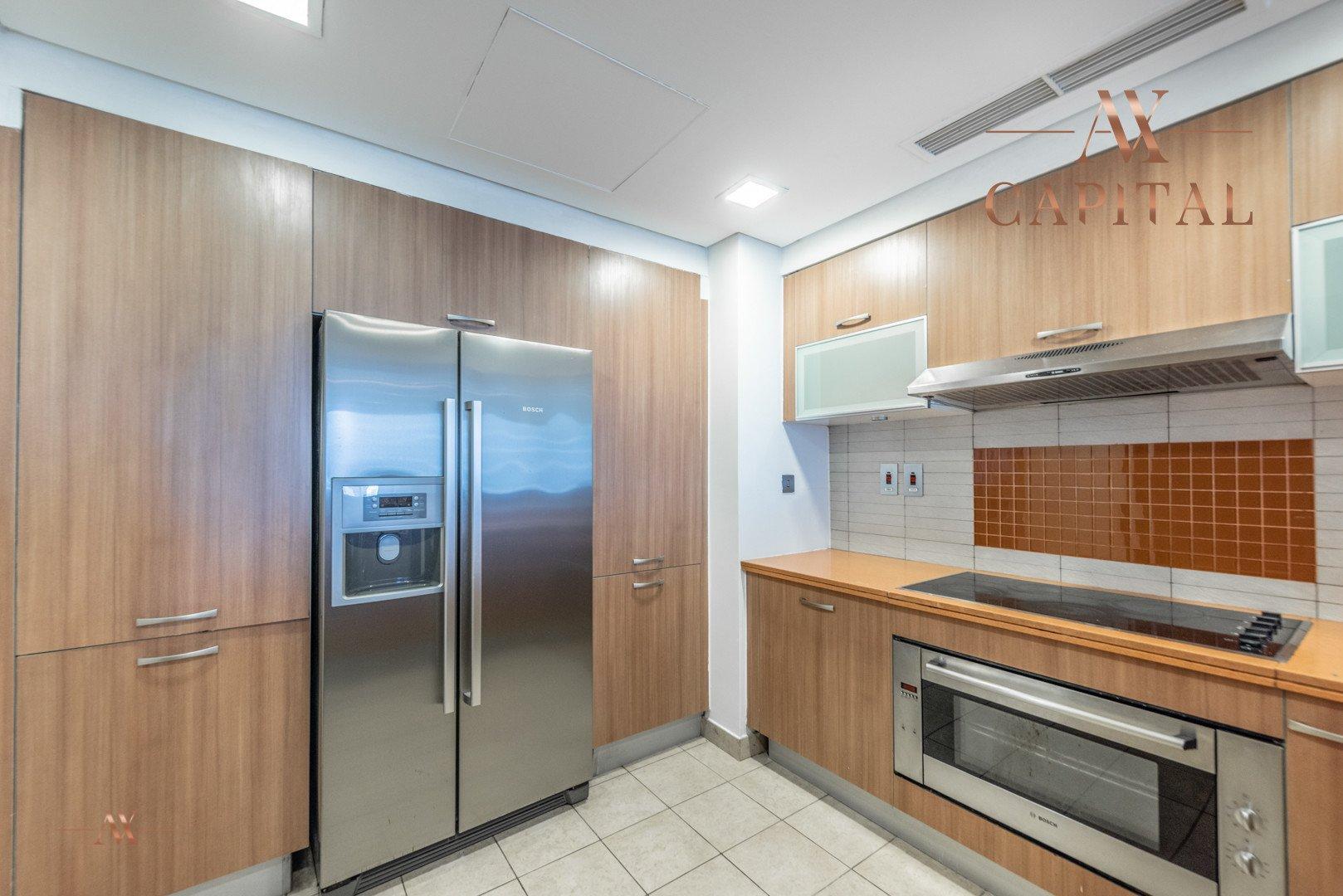 Apartment for sale in Dubai, UAE, 2 bedrooms, 173.4 m2, No. 23574 – photo 8