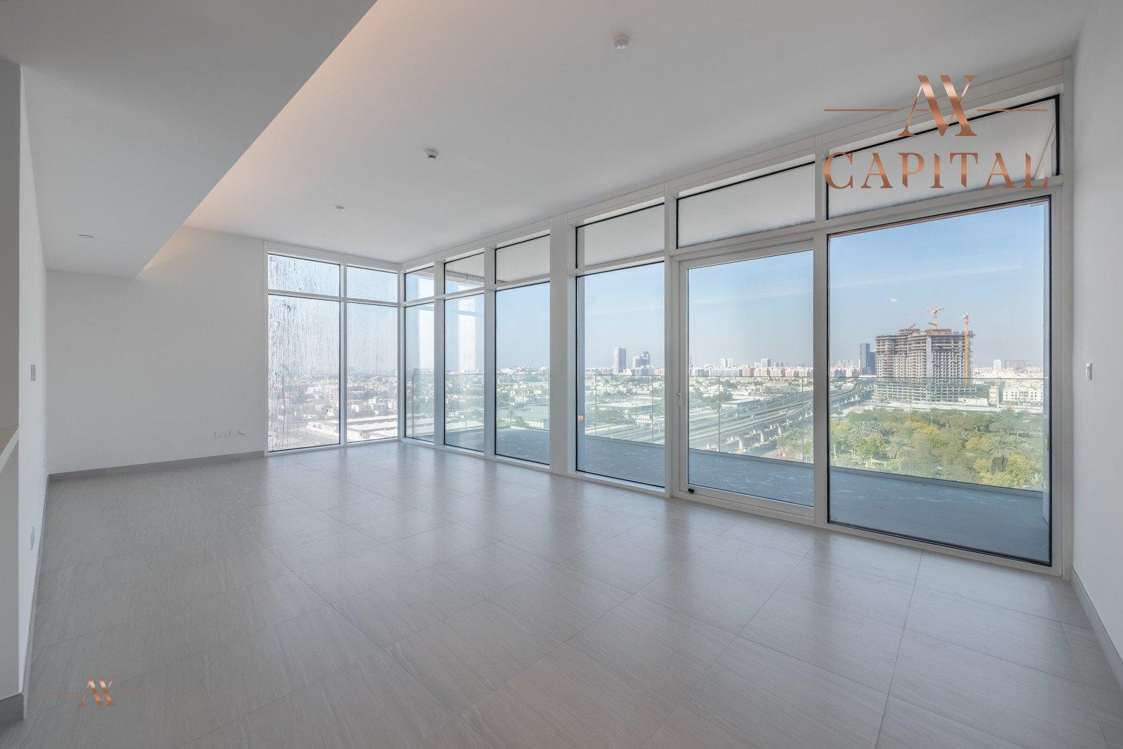 Apartment for sale in Dubai, UAE, 2 bedrooms, 131.7 m2, No. 23557 – photo 1