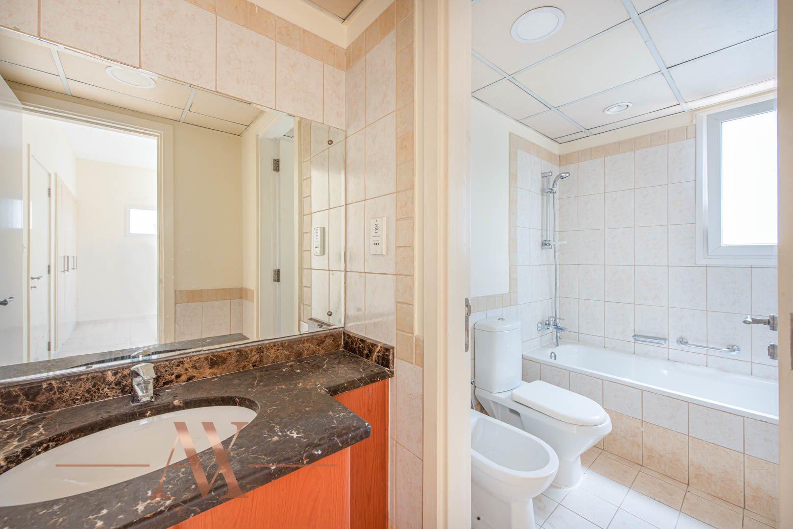 Villa for sale in Dubai, UAE, 2 bedrooms, 157 m2, No. 23801 – photo 5