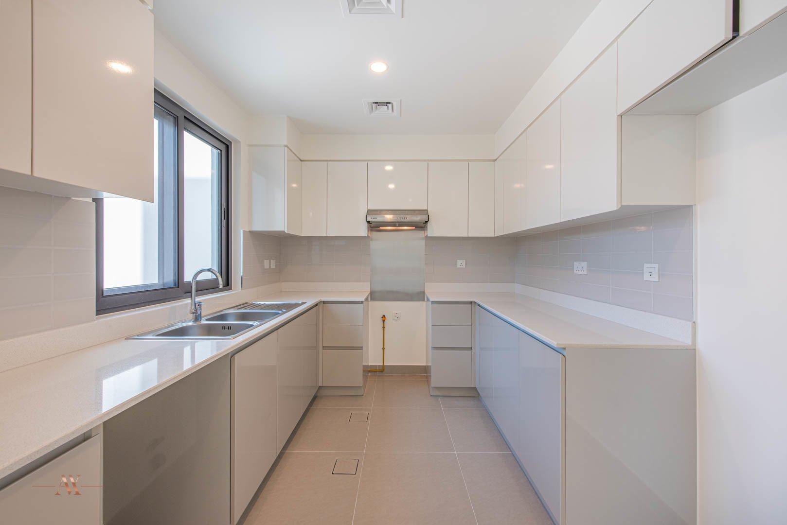 Villa for sale in Dubai, UAE, 3 bedrooms, 194.4 m2, No. 23635 – photo 13