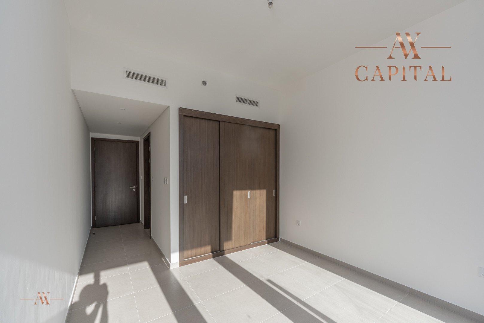Apartment for sale in Dubai, UAE, 2 bedrooms, 151.5 m2, No. 23588 – photo 8