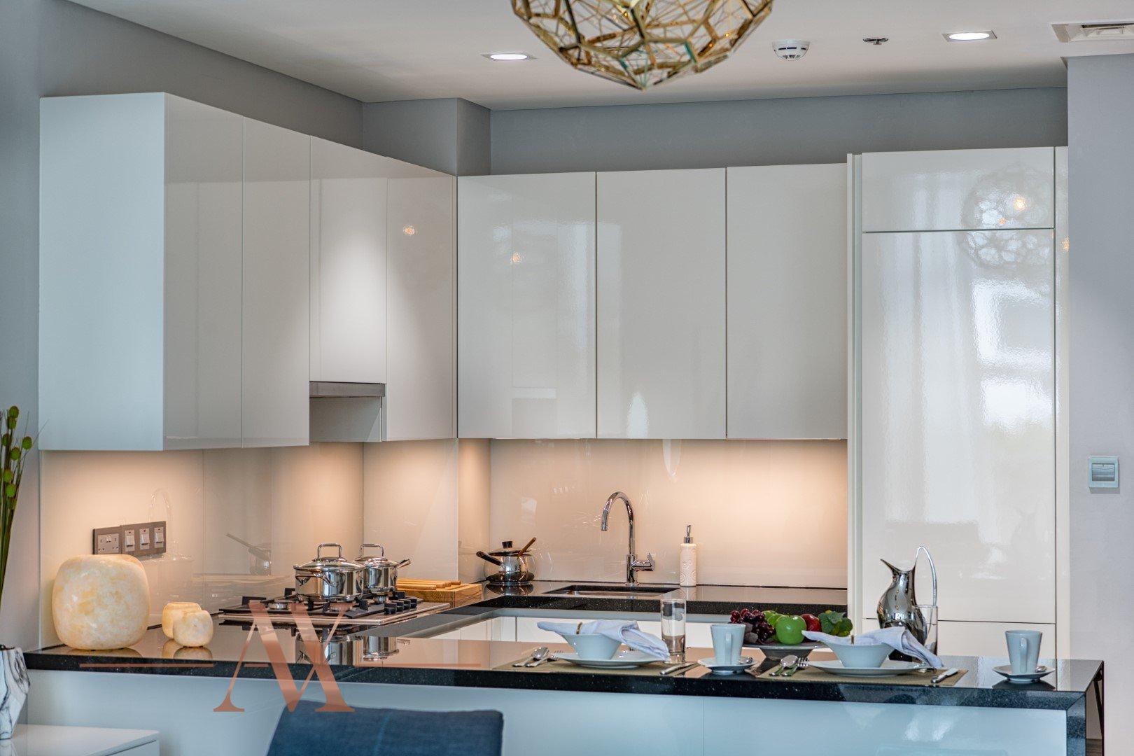 Apartment for sale in Dubai, UAE, 1 bedroom, 71.2 m2, No. 23789 – photo 5