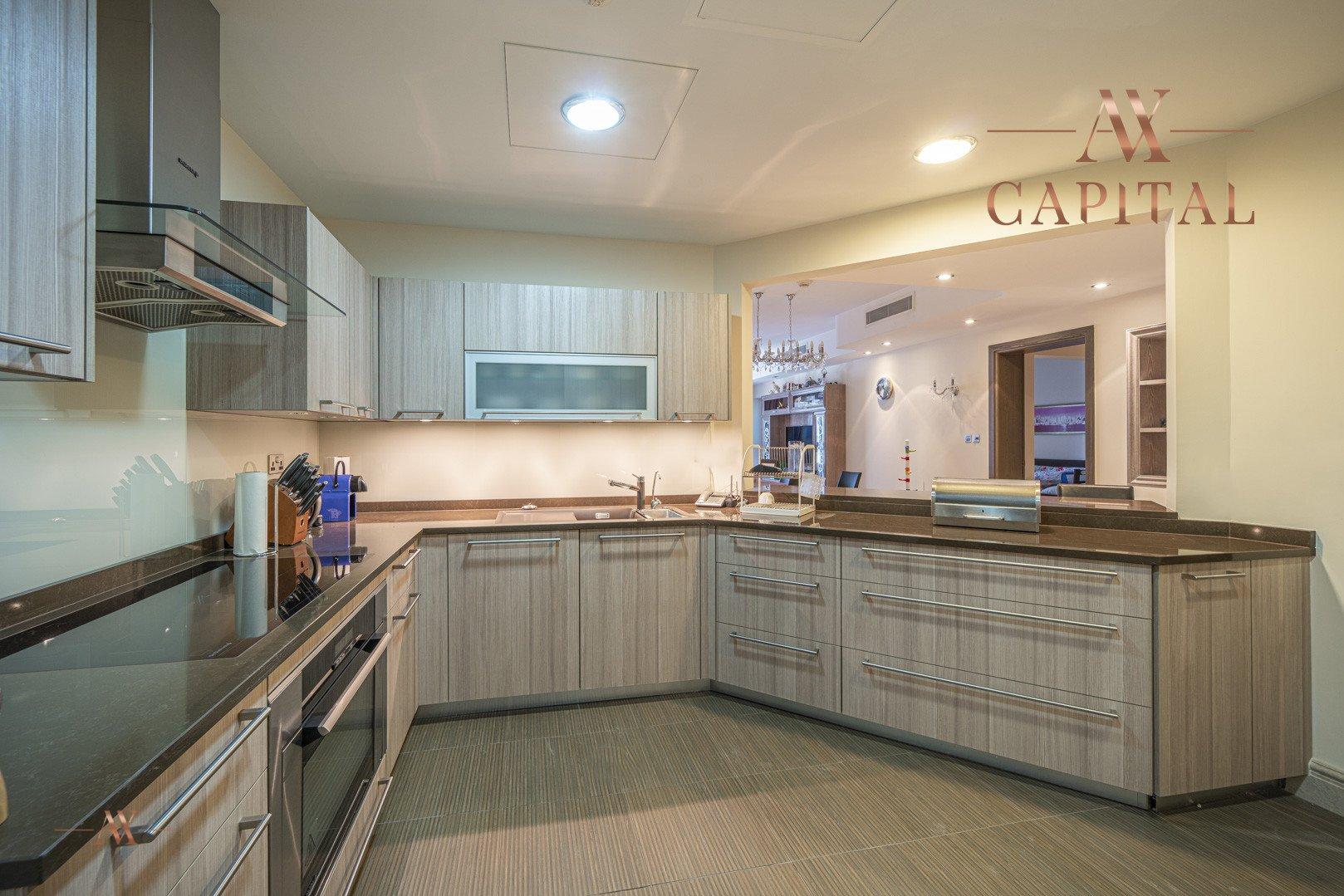 Apartment for sale in Dubai, UAE, 3 bedrooms, 201.1 m2, No. 23512 – photo 13