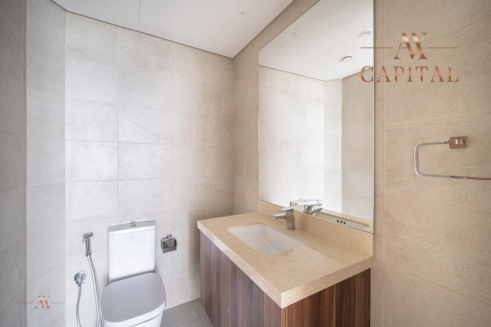 Apartment for sale in Dubai, UAE, 1 bedroom, 113.9 m2, No. 23515 – photo 2