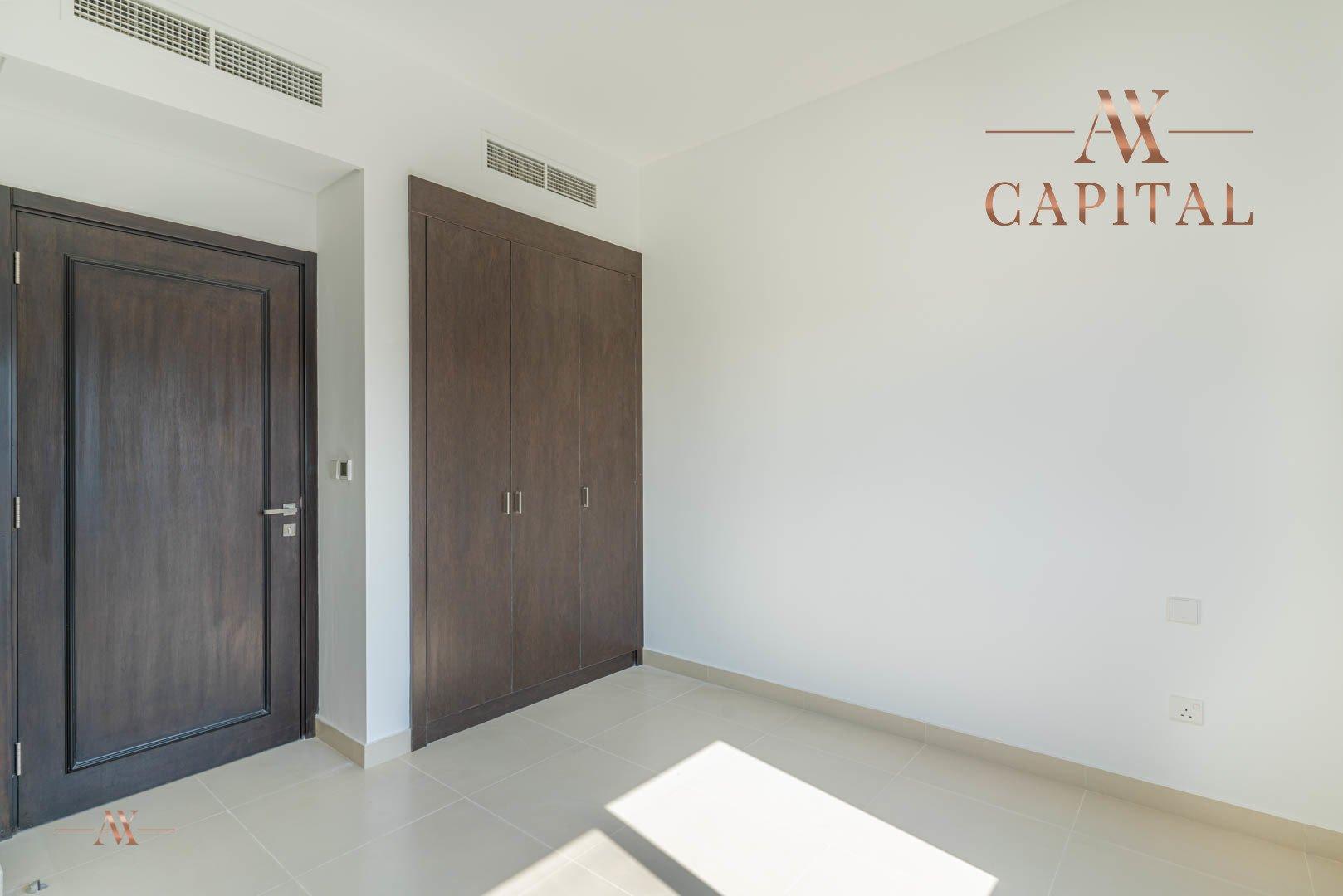 Villa for sale in Dubai, UAE, 3 bedrooms, 283.7 m2, No. 23632 – photo 5