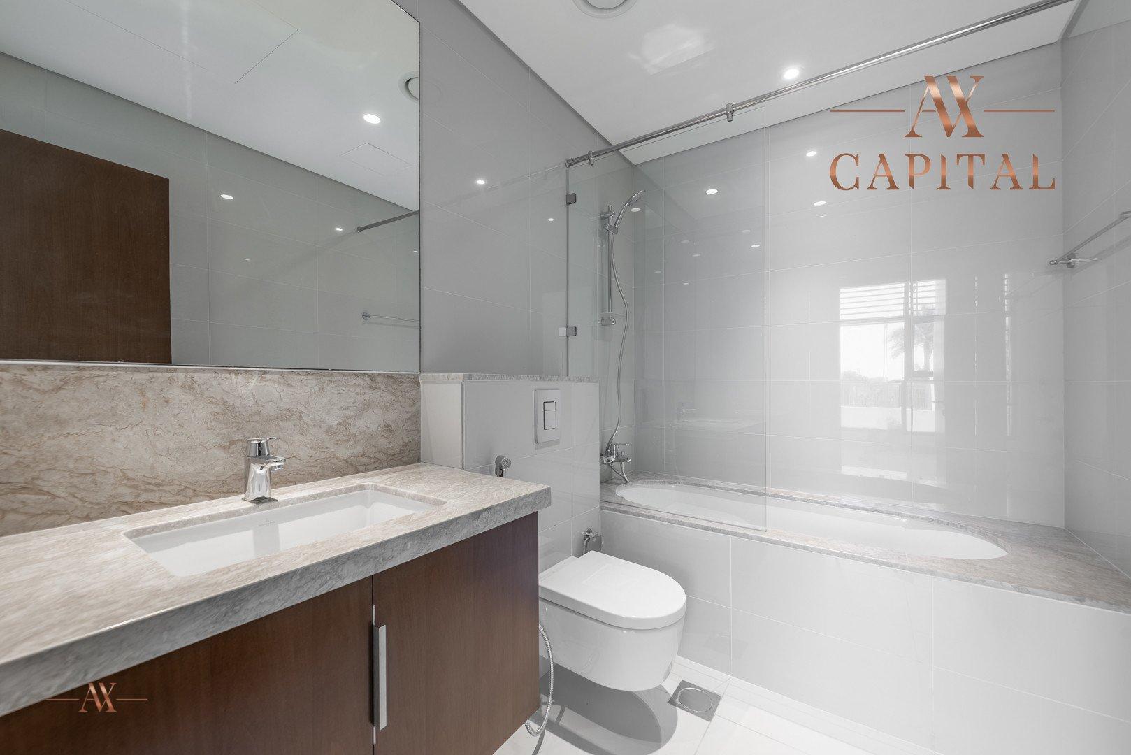 Apartment for sale in Dubai, UAE, 3 bedrooms, 179.8 m2, No. 23668 – photo 4