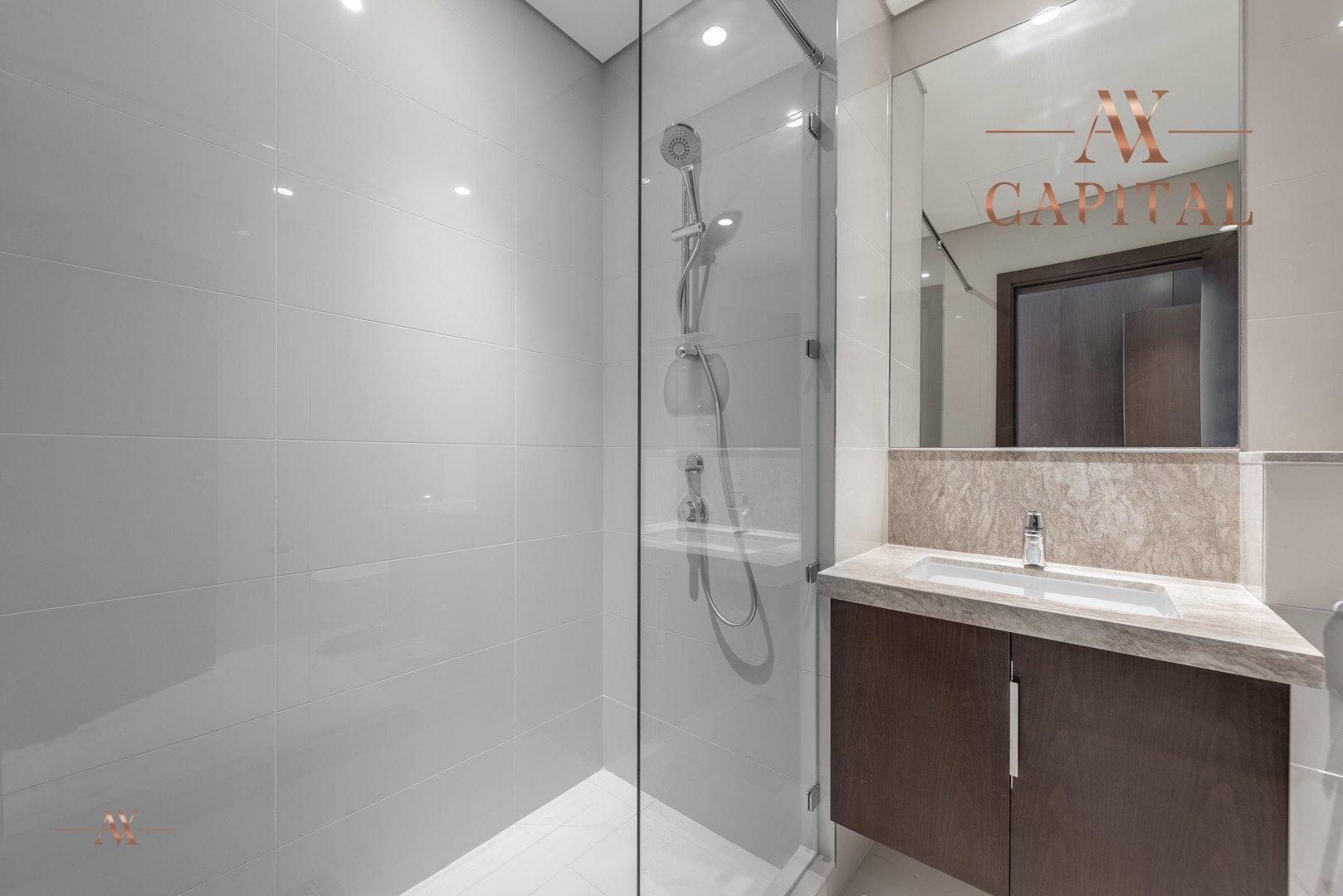 Apartment for sale in Dubai, UAE, 3 bedrooms, 179.8 m2, No. 23668 – photo 5