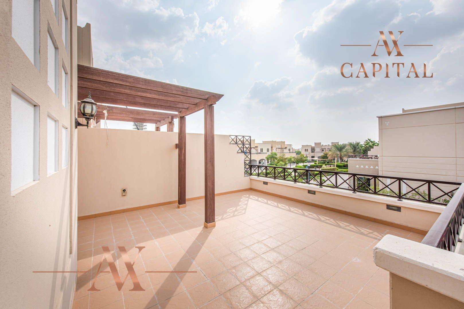 Villa for sale in Dubai, UAE, 4 bedrooms, 373.7 m2, No. 23687 – photo 7
