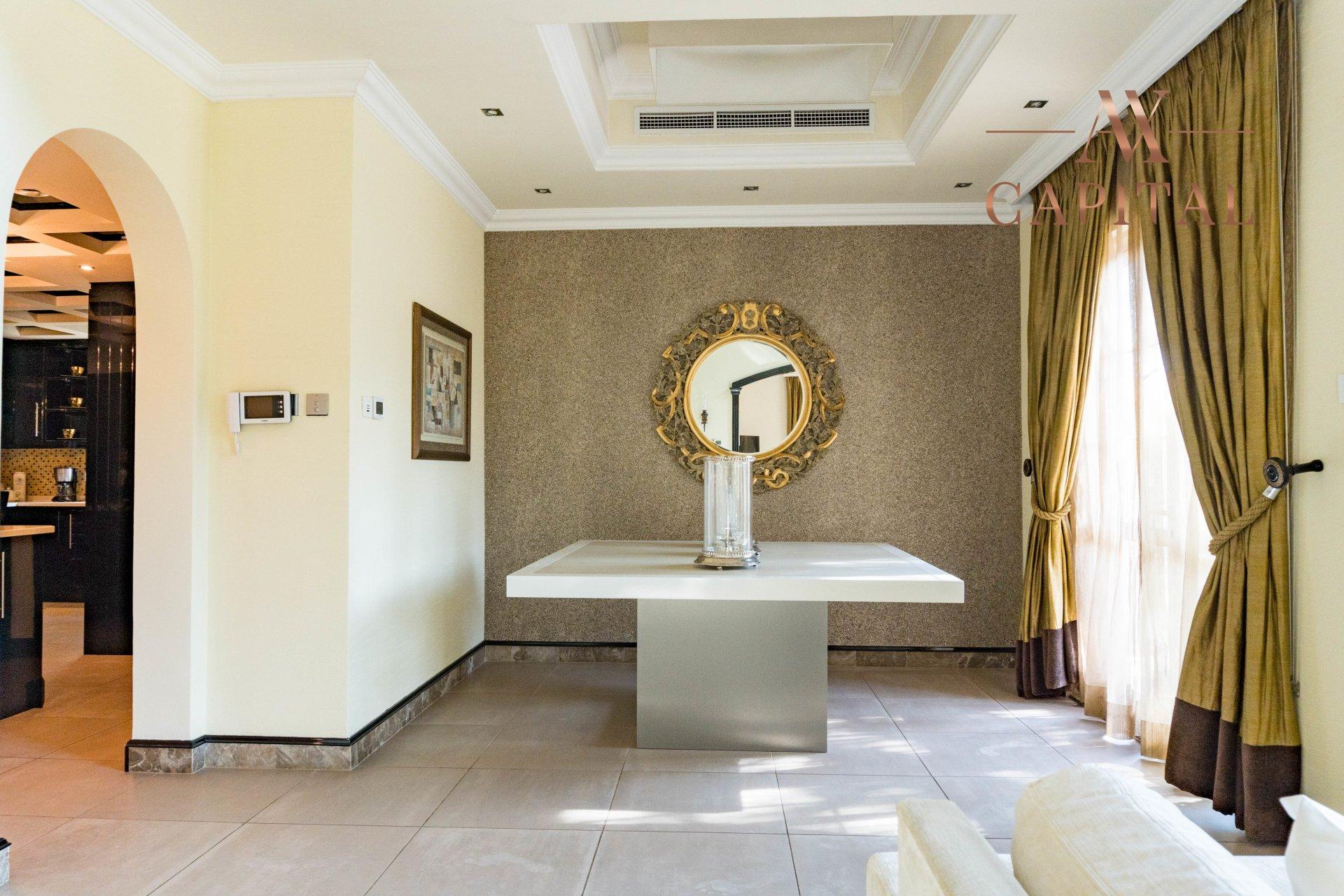 Villa for sale in Dubai, UAE, 4 bedrooms, 1001.7 m2, No. 23559 – photo 13