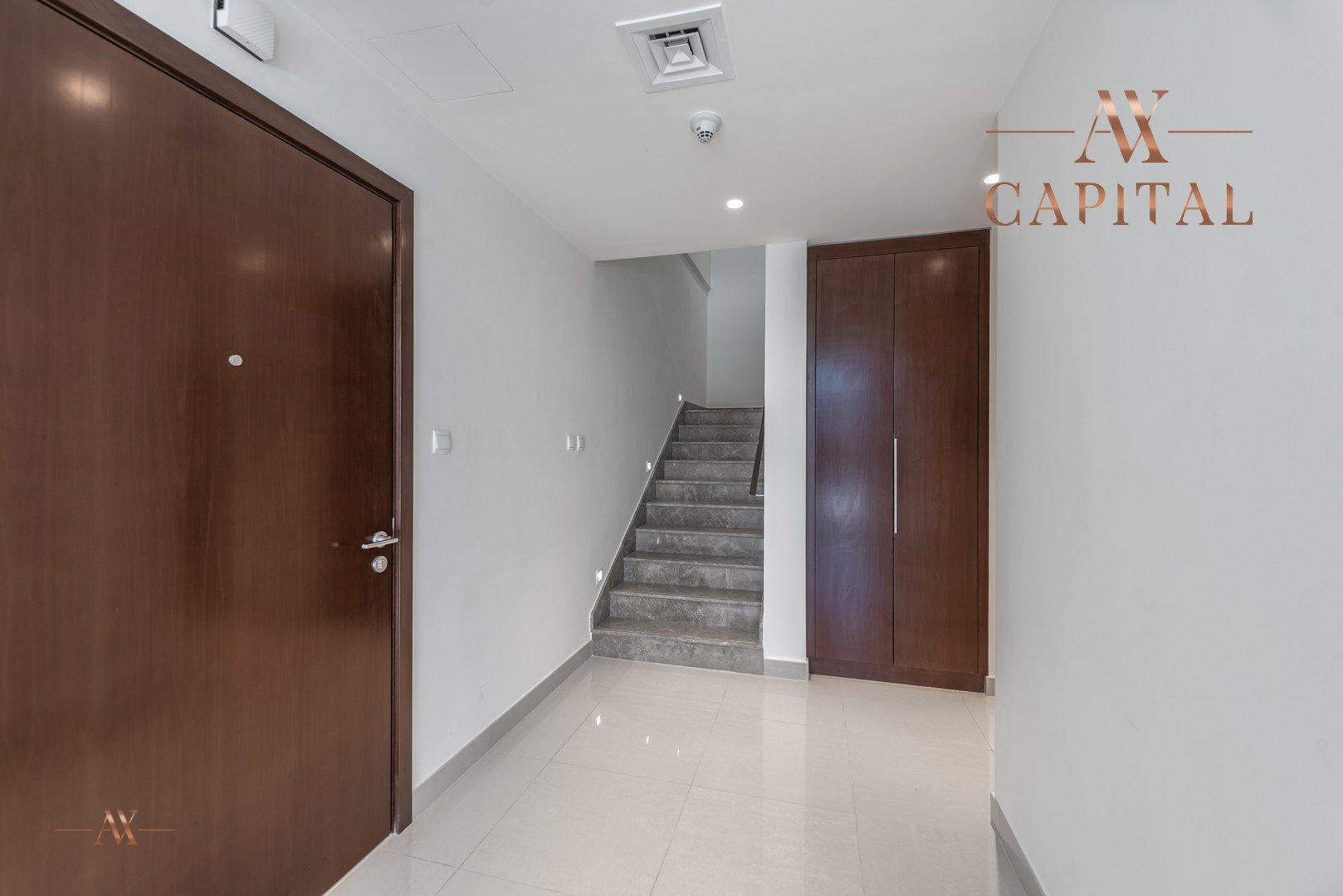 Apartment for sale in Dubai, UAE, 3 bedrooms, 265.2 m2, No. 23652 – photo 8