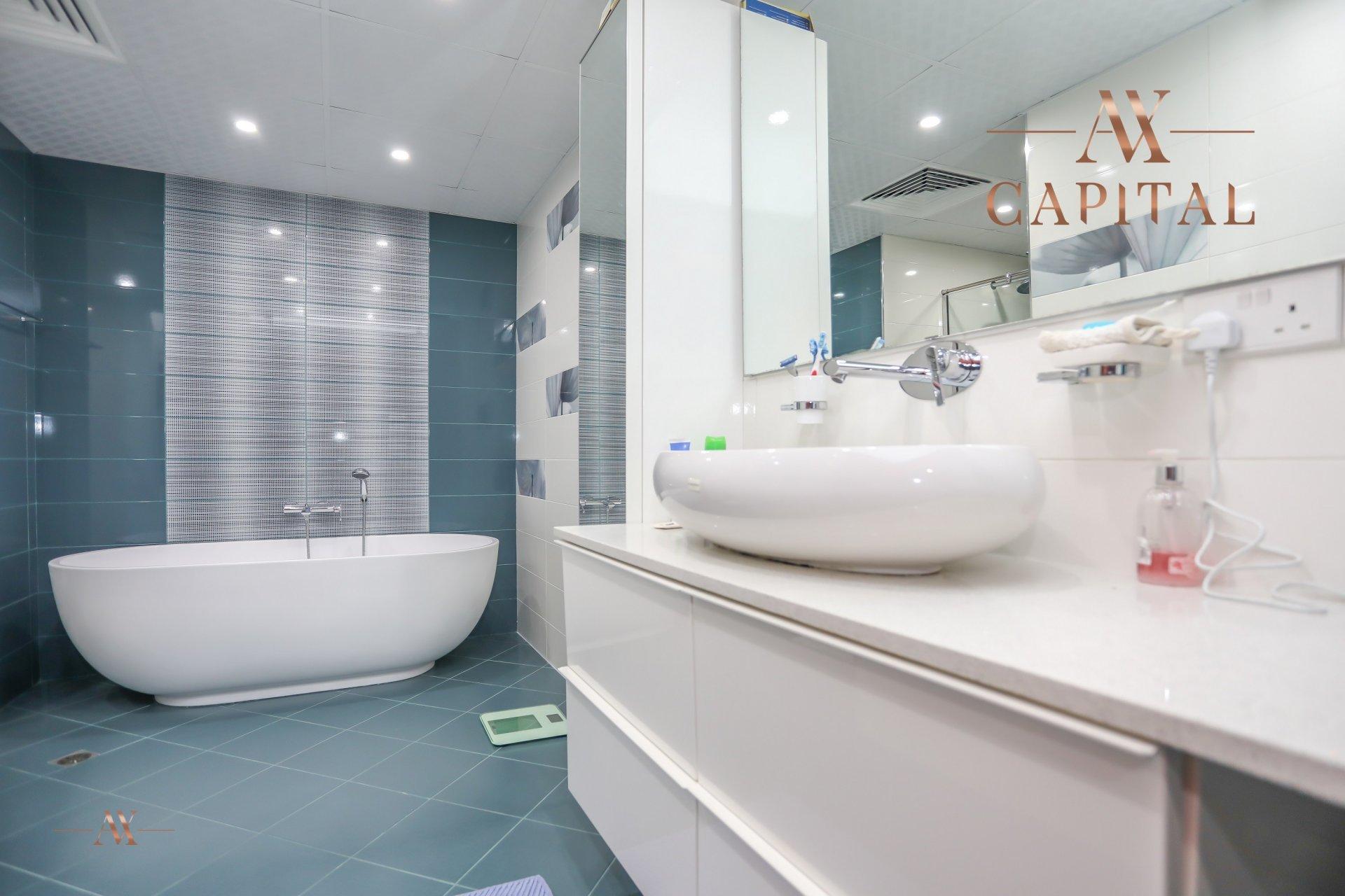 Apartment for sale in Dubai, UAE, 4 bedrooms, 251.5 m2, No. 23495 – photo 3