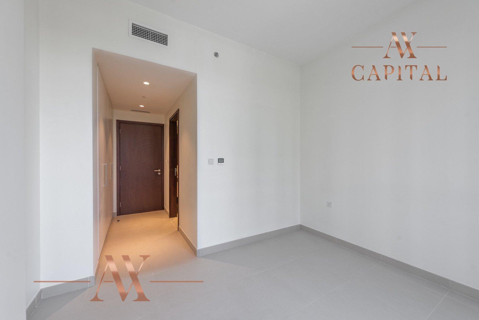 Apartment for sale in Dubai, UAE, 3 bedrooms, 236.9 m2, No. 23677 – photo 11