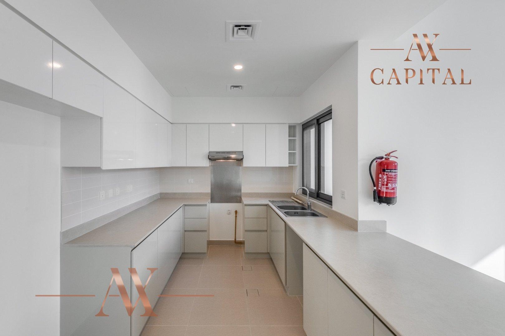 Villa for sale in Dubai, UAE, 4 bedrooms, 229.5 m2, No. 23673 – photo 14