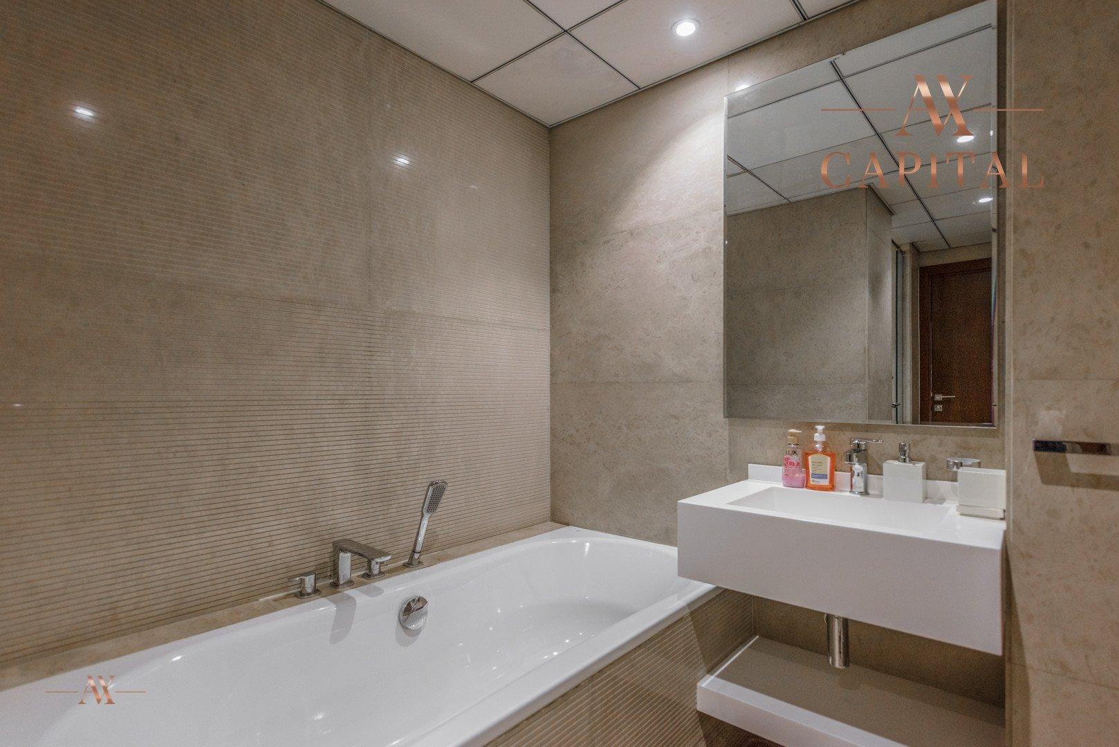 Villa for sale in Dubai, UAE, 4 bedrooms, 426 m2, No. 23592 – photo 5