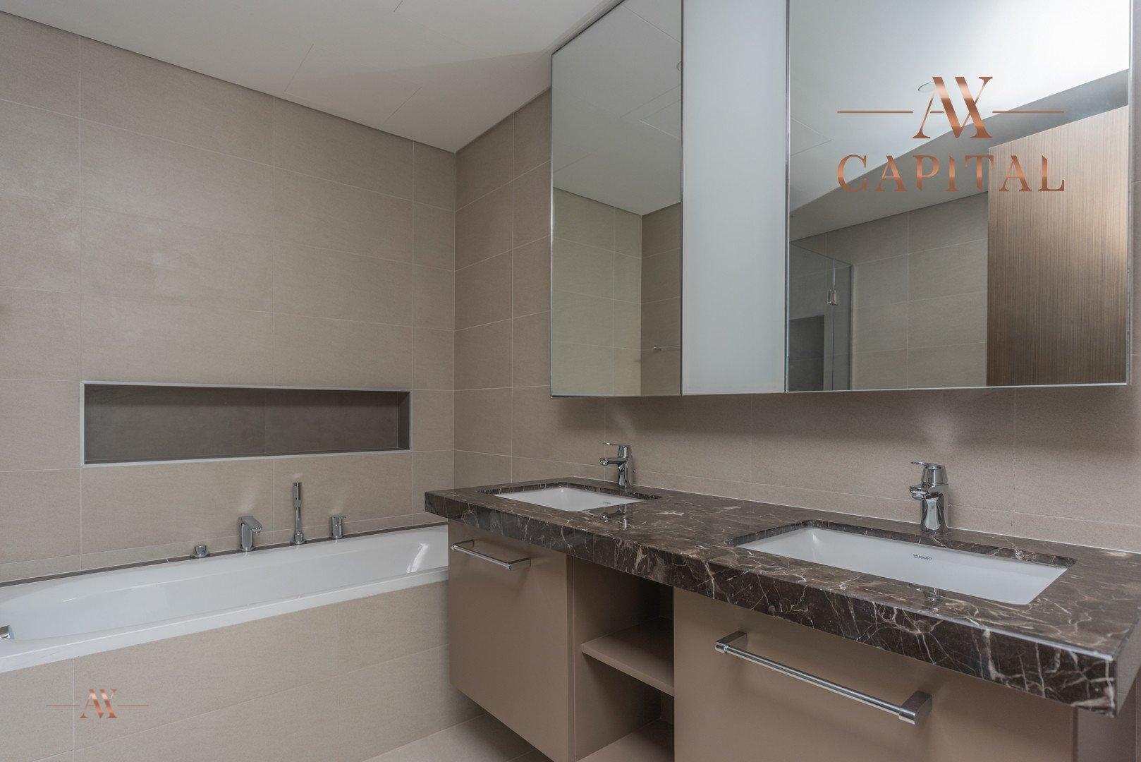 Apartment for sale in Dubai, UAE, 2 bedrooms, 151.5 m2, No. 23588 – photo 5