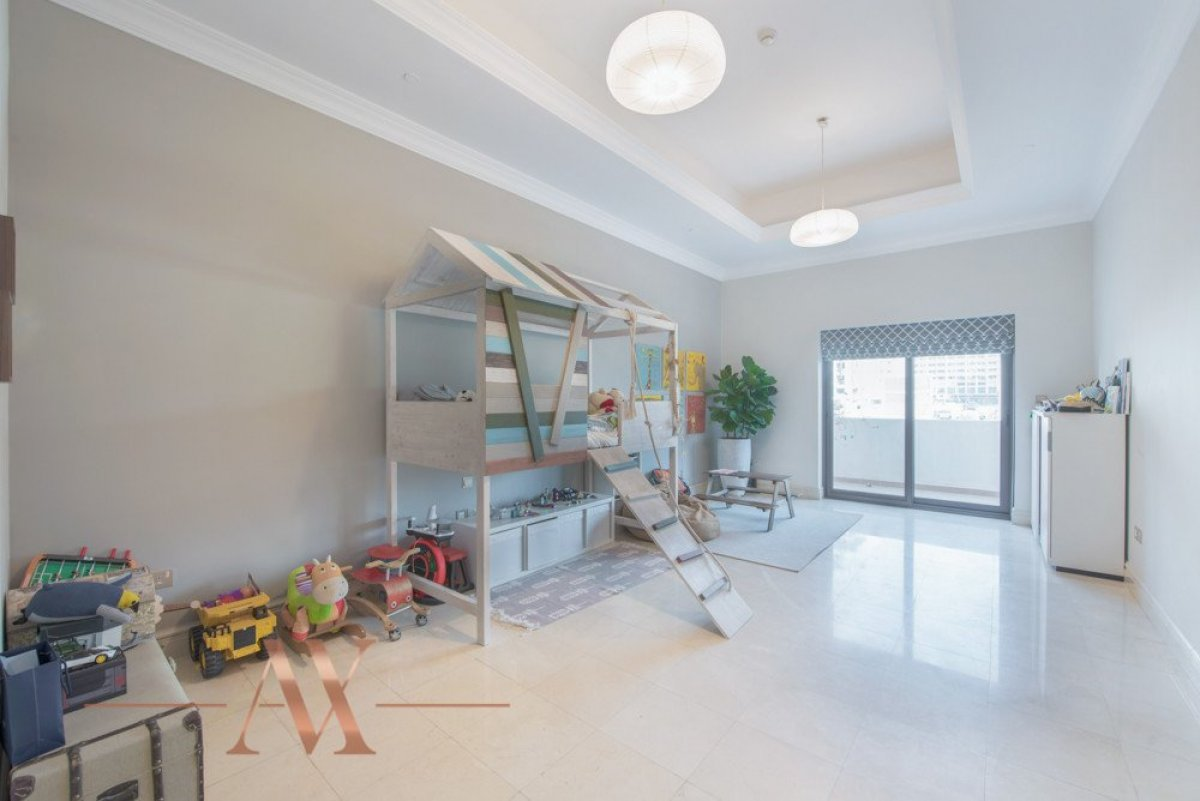 Townhouse for sale in Dubai, UAE, 3 bedrooms, 483.1 m2, No. 23709 – photo 11