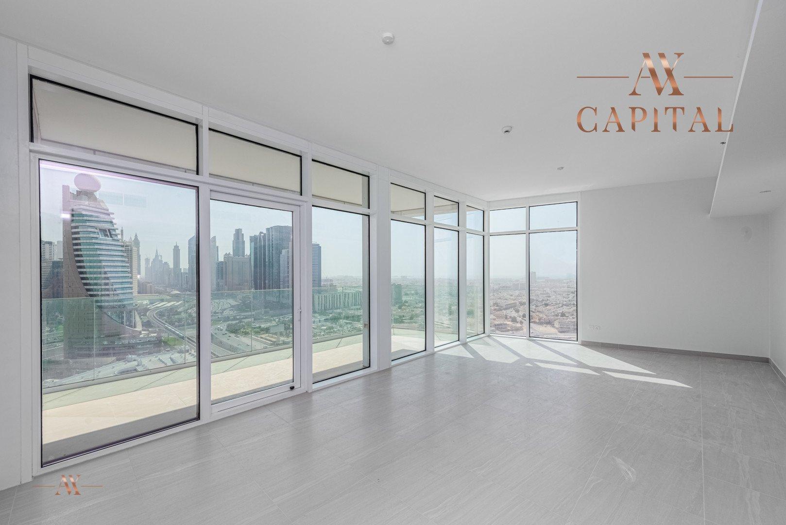 Apartment for sale in Dubai, UAE, 3 bedrooms, 200.2 m2, No. 23672 – photo 1