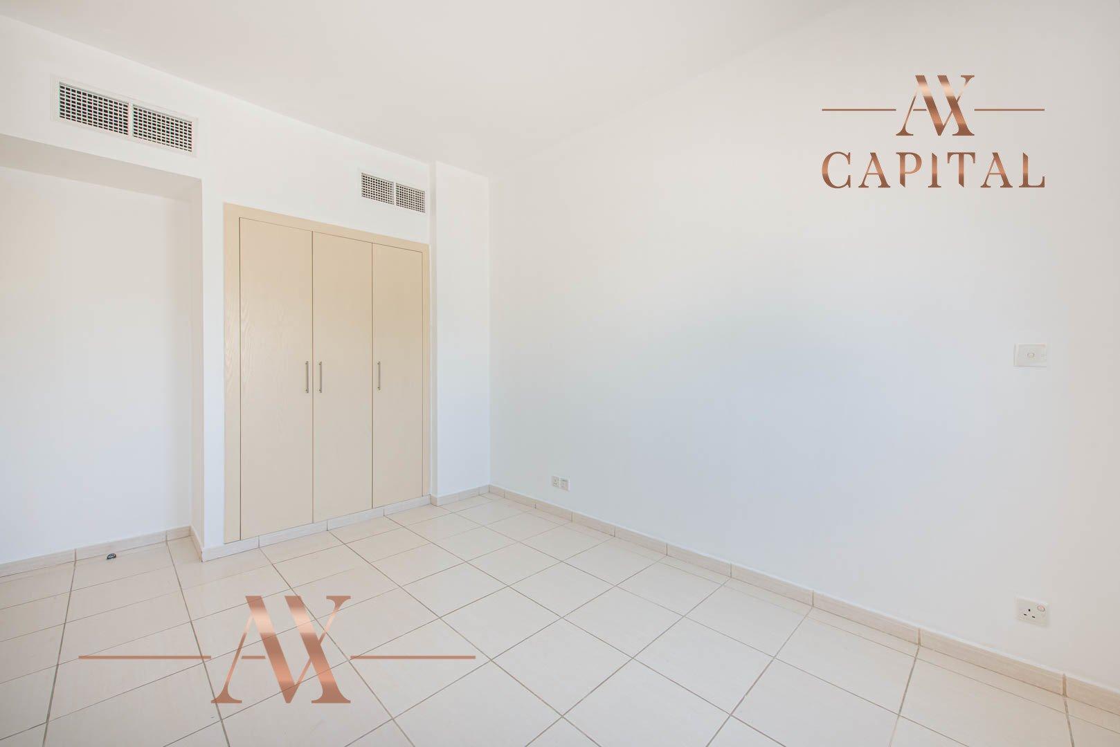 Villa for sale in Dubai, UAE, 2 bedrooms, 166.7 m2, No. 23769 – photo 14