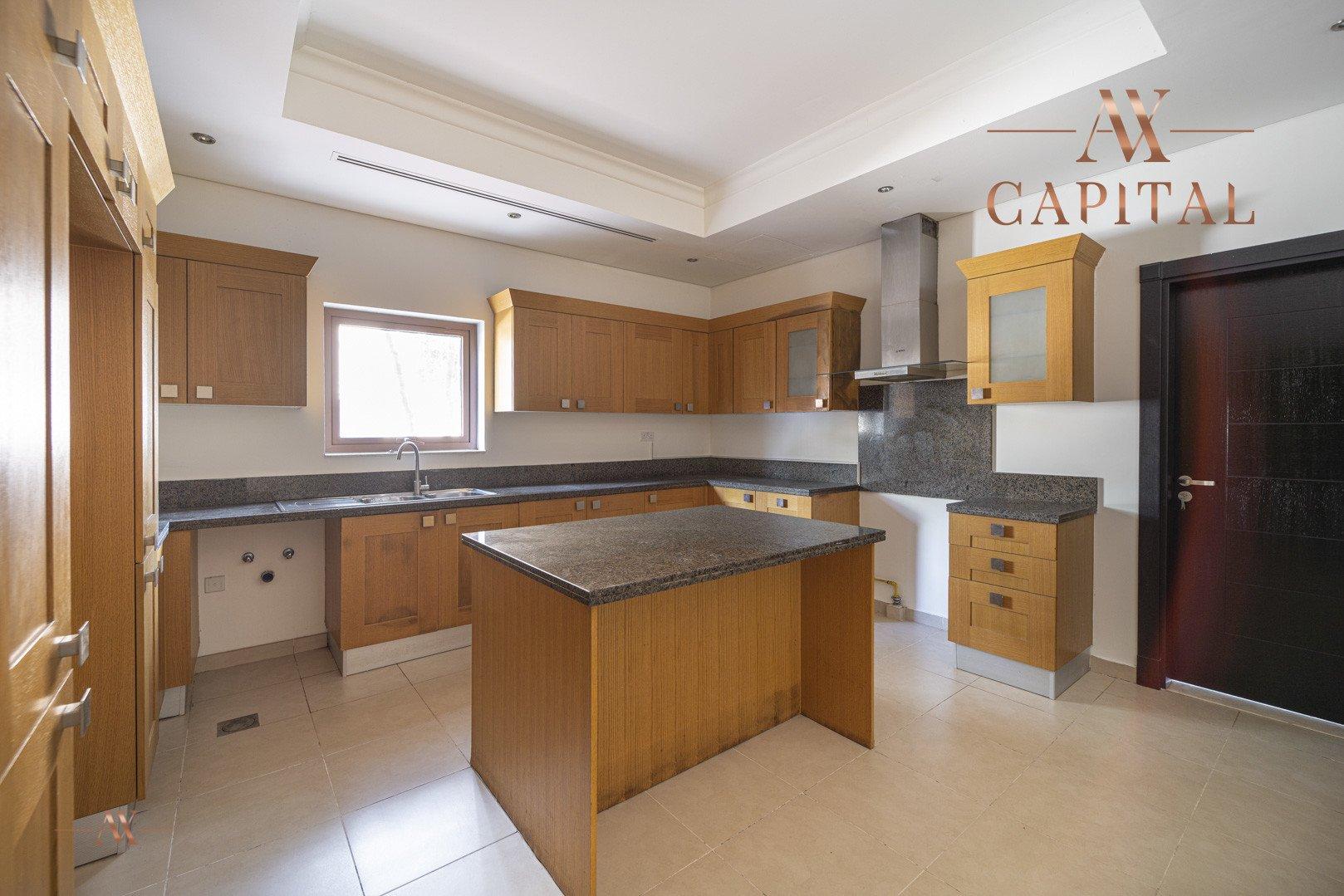 Villa for sale in Dubai, UAE, 5 bedrooms, 611.9 m2, No. 23654 – photo 28