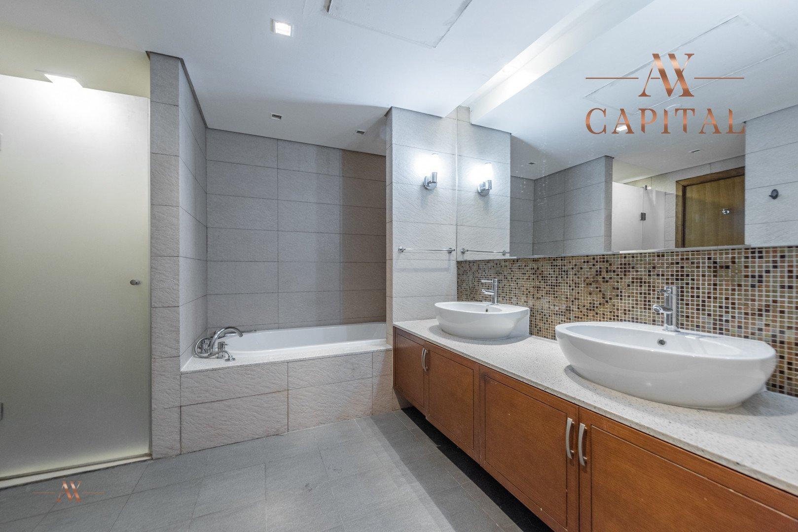 Apartment for sale in Dubai, UAE, 2 bedrooms, 173.4 m2, No. 23574 – photo 5