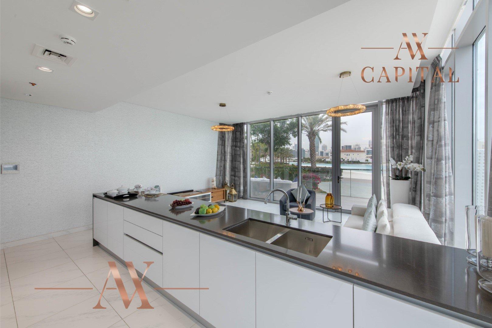 Apartment for sale in Dubai, UAE, 2 bedrooms, 194.8 m2, No. 23727 – photo 10