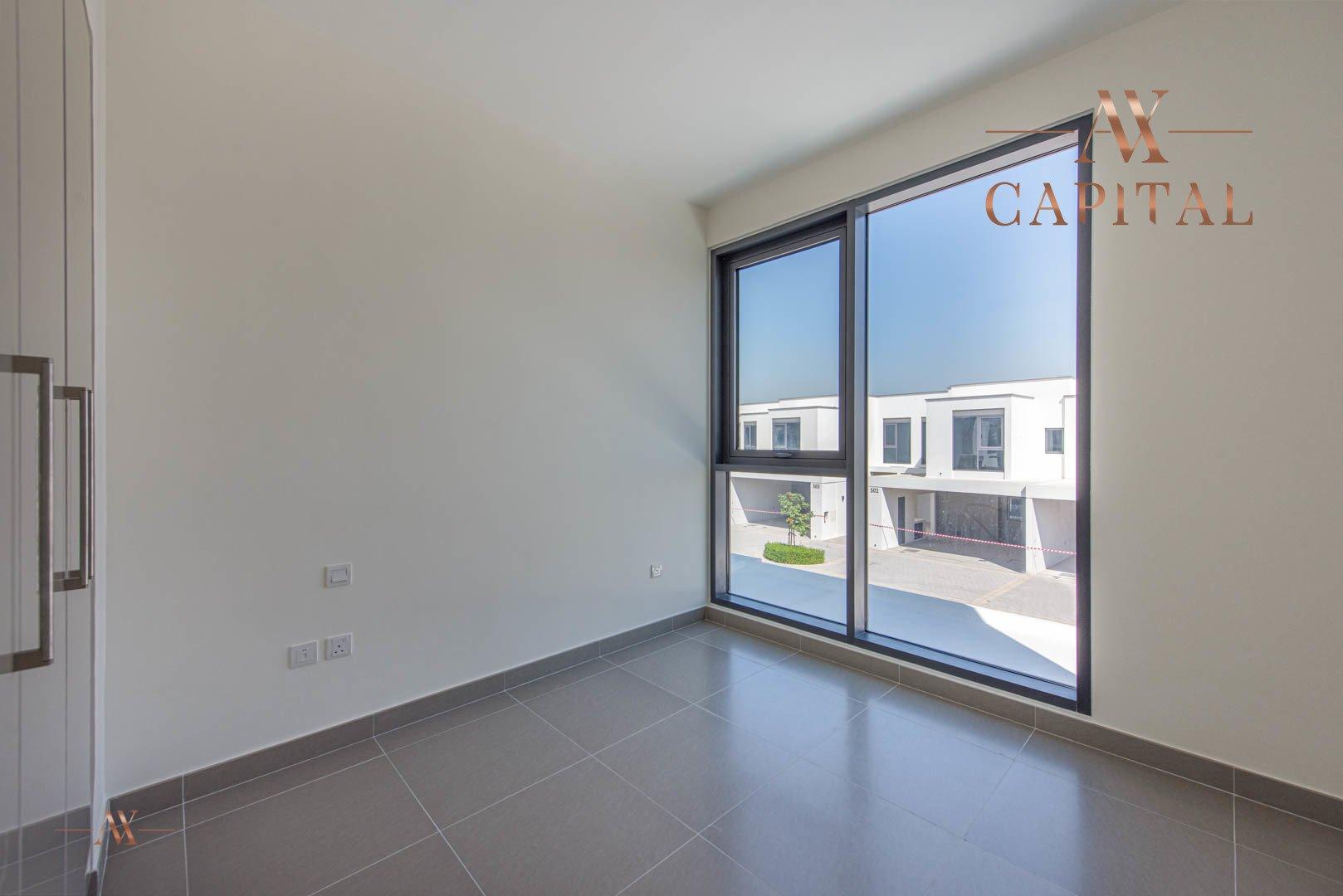 Villa for sale in Dubai, UAE, 3 bedrooms, 207 m2, No. 23555 – photo 6