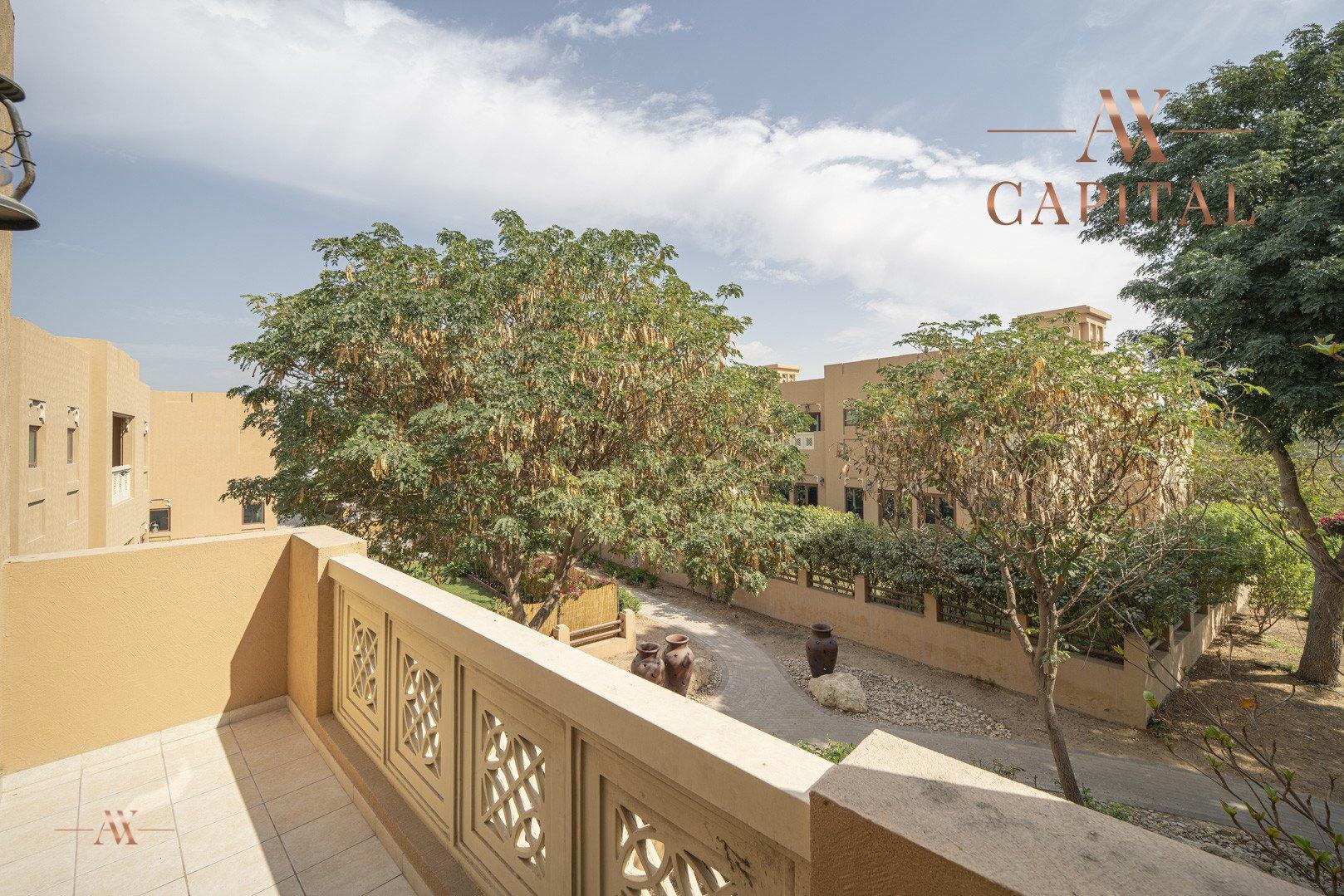 Villa for sale in Dubai, UAE, 5 bedrooms, 611.9 m2, No. 23654 – photo 8