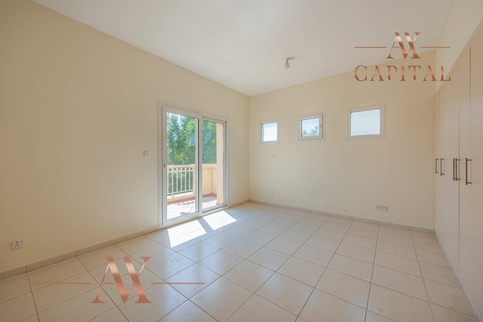Villa for sale in Dubai, UAE, 2 bedrooms, 166.7 m2, No. 23769 – photo 13