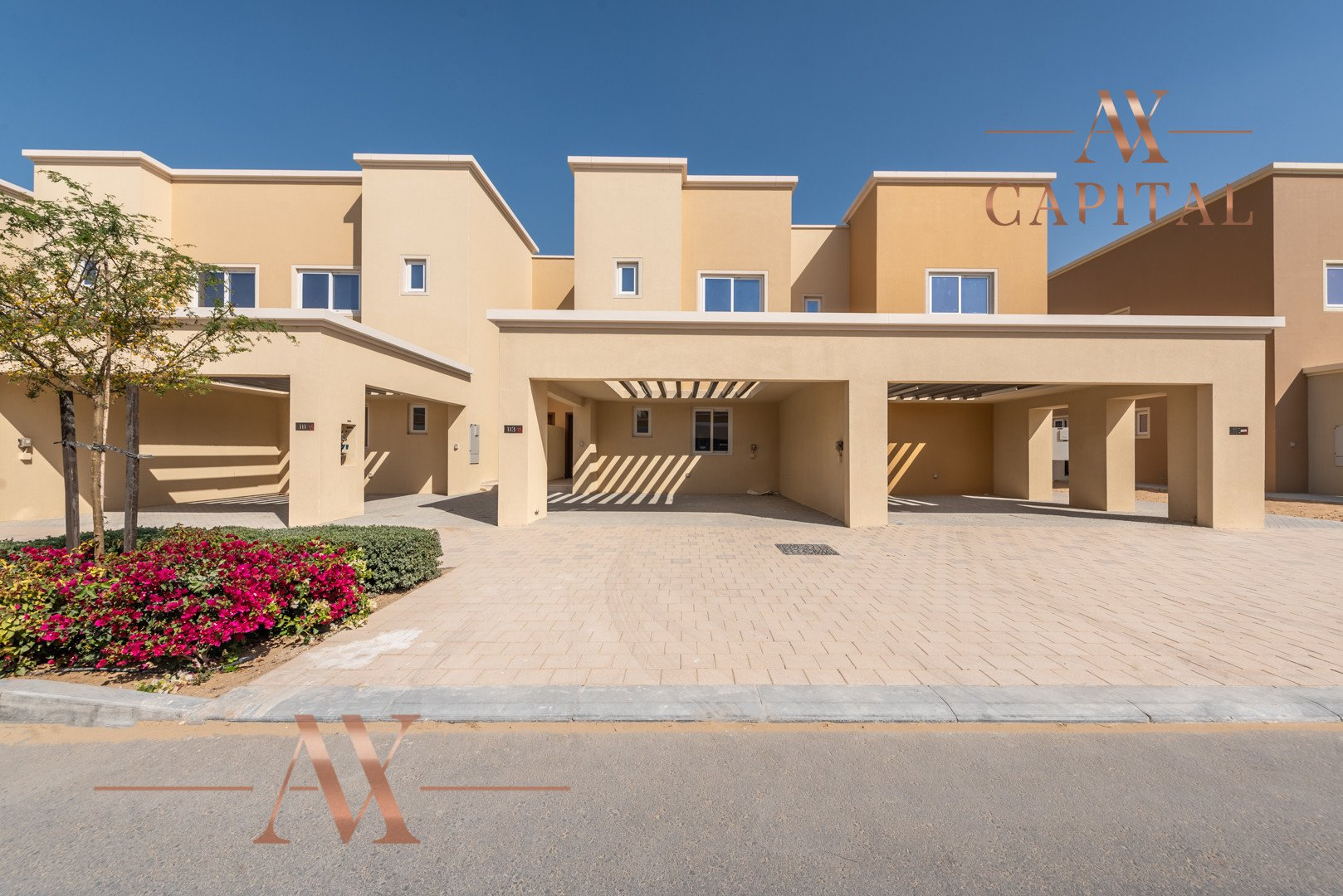 Townhouse for sale in Dubai, UAE, 3 bedrooms, 176 m2, No. 23719 – photo 1