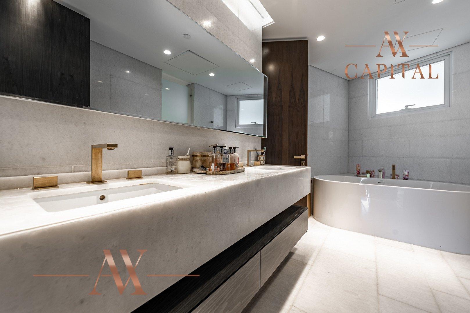 Apartment for sale in Dubai, UAE, 4 bedrooms, 494.8 m2, No. 23779 – photo 5