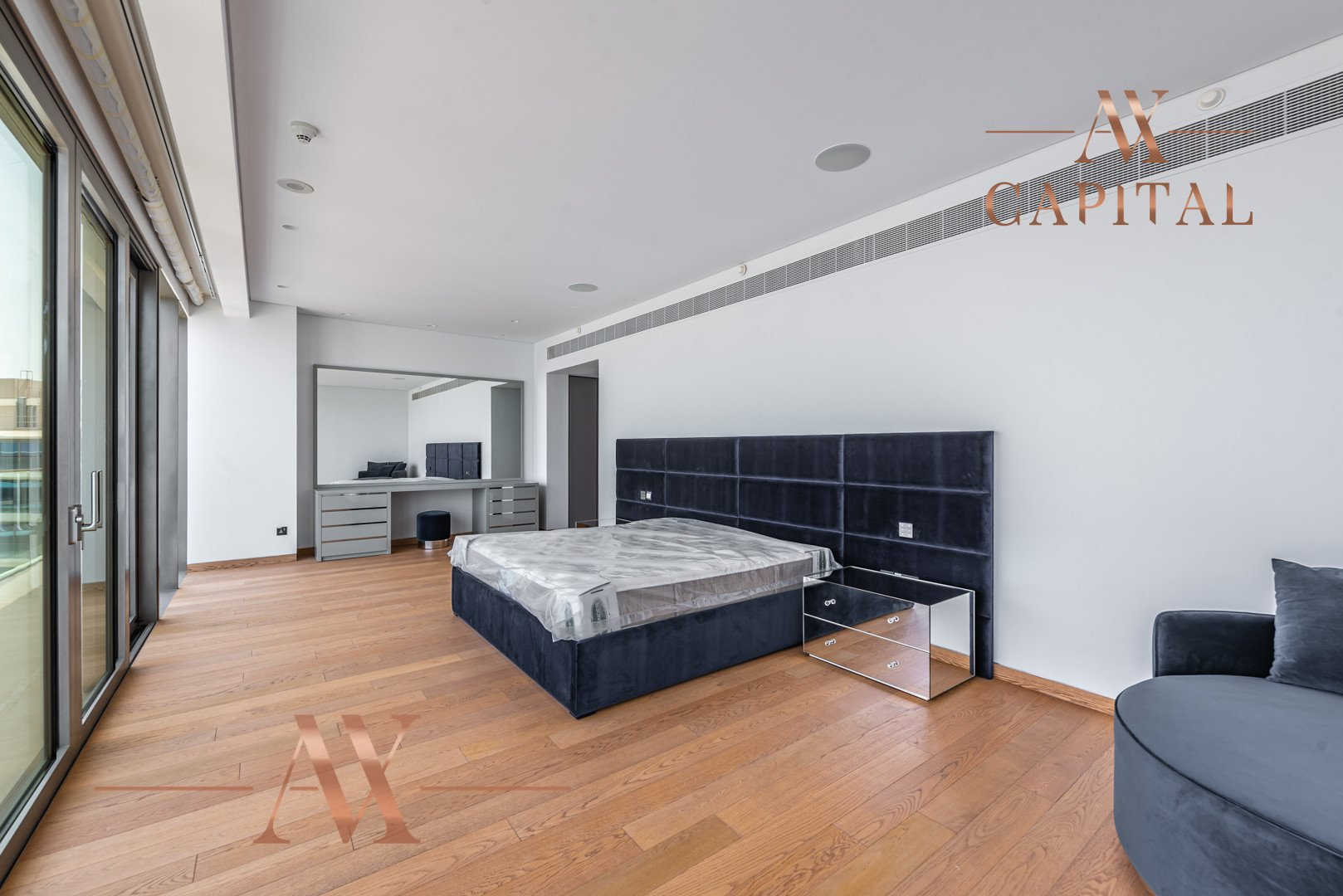 Penthouse for sale in Dubai, UAE, 3 bedrooms, 555.6 m2, No. 23768 – photo 7
