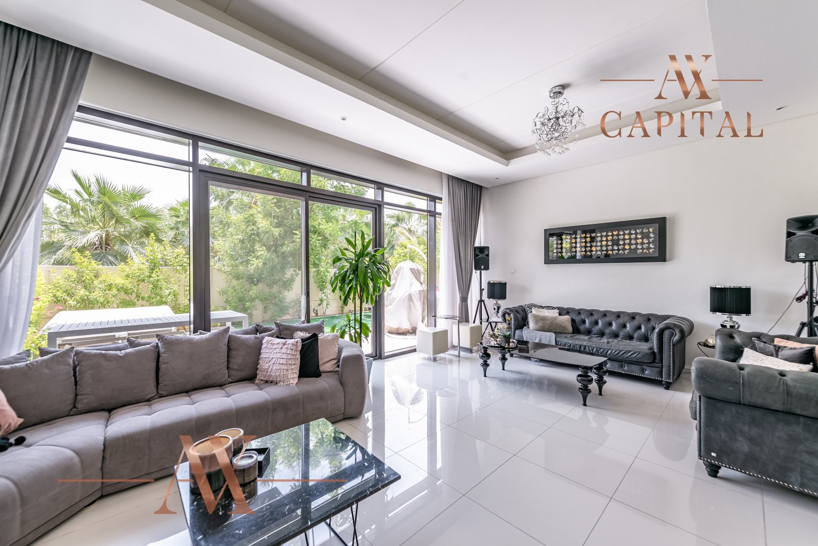 Townhouse for sale in Dubai, UAE, 4 bedrooms, 325.2 m2, No. 23754 – photo 1